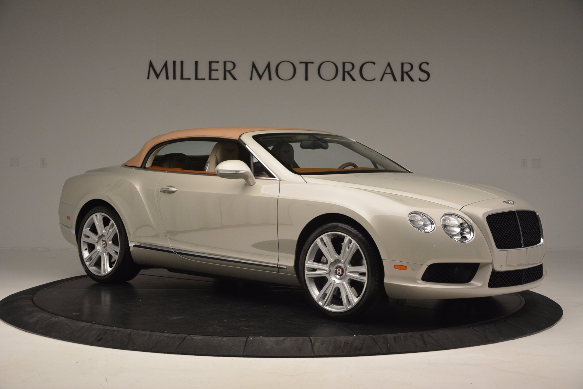 Used 2013 Bentley Continental GTC V8  For Sale In Greenwich, CT. Alfa Romeo of Greenwich, 7108 675_p23