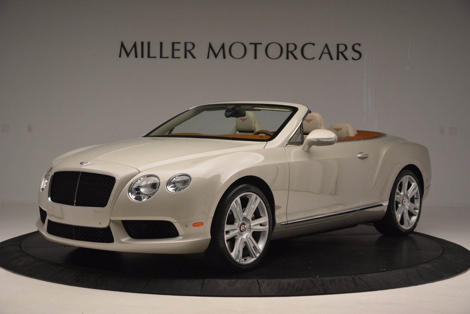 Used 2013 Bentley Continental GTC V8  For Sale In Greenwich, CT. Alfa Romeo of Greenwich, 7108 675_p2