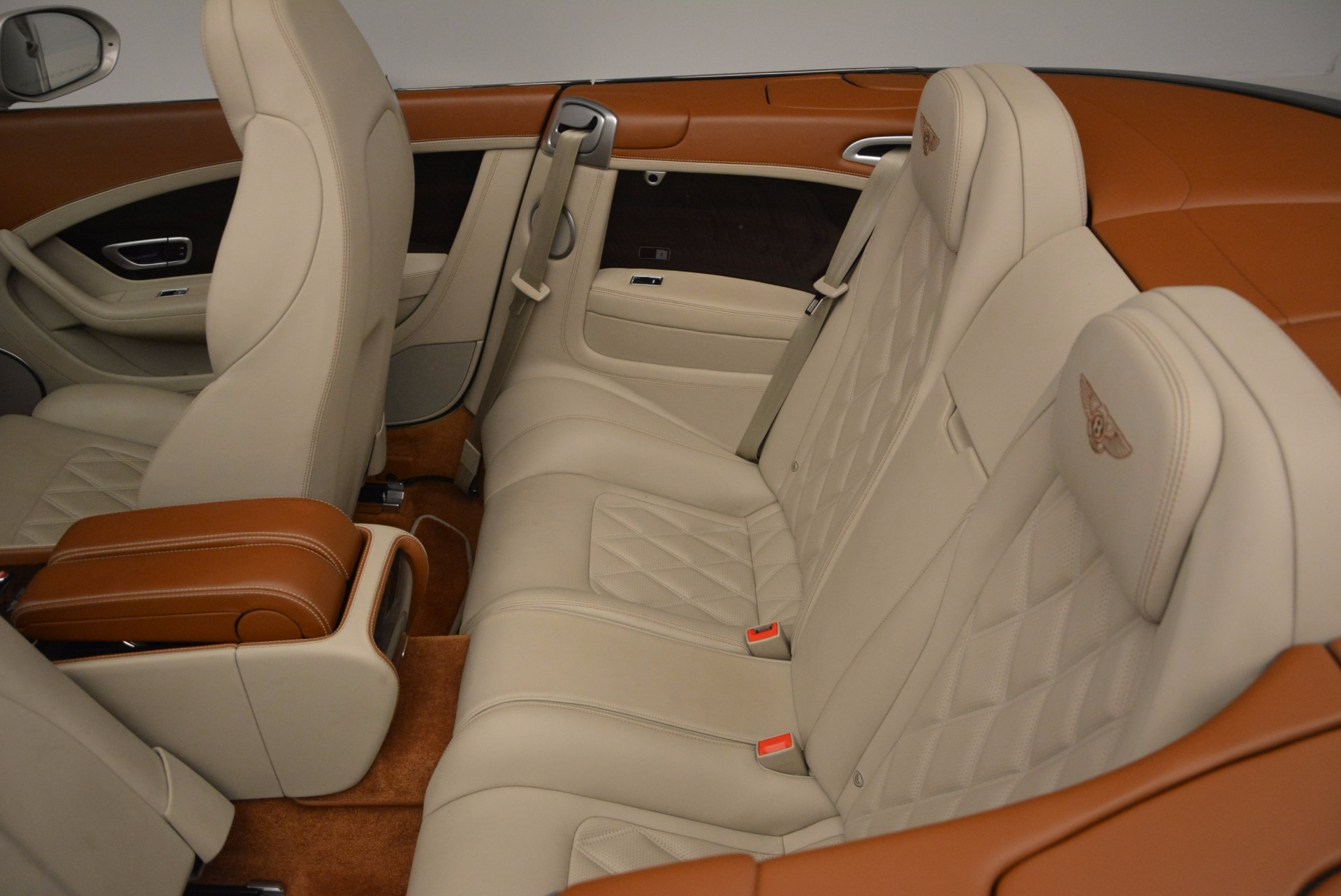 Used 2013 Bentley Continental GTC V8  For Sale In Greenwich, CT. Alfa Romeo of Greenwich, 7108 675_p36