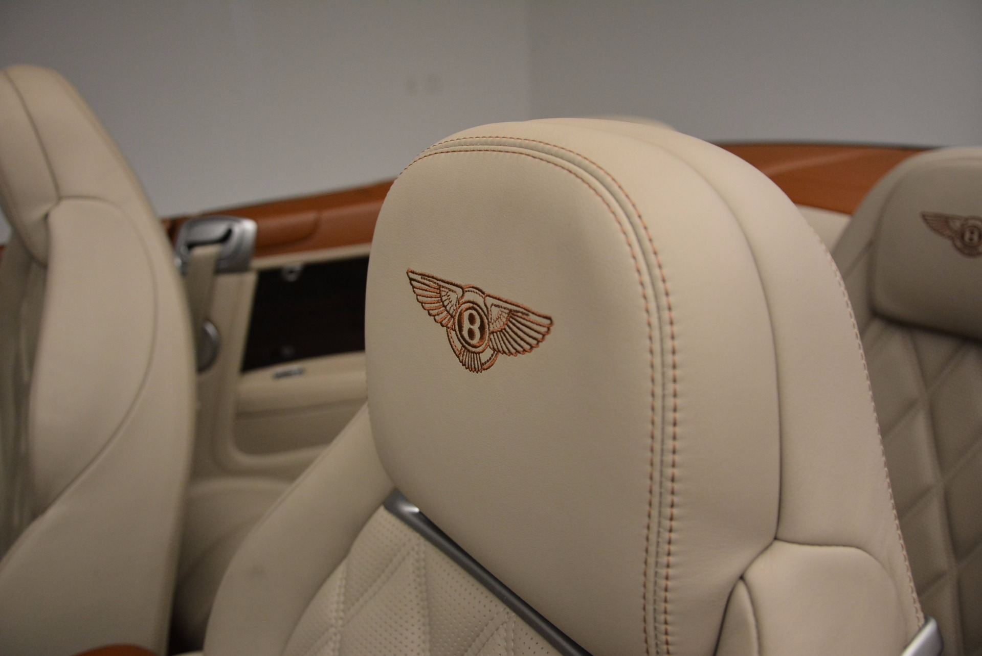 Used 2013 Bentley Continental GTC V8  For Sale In Greenwich, CT. Alfa Romeo of Greenwich, 7108 675_p42
