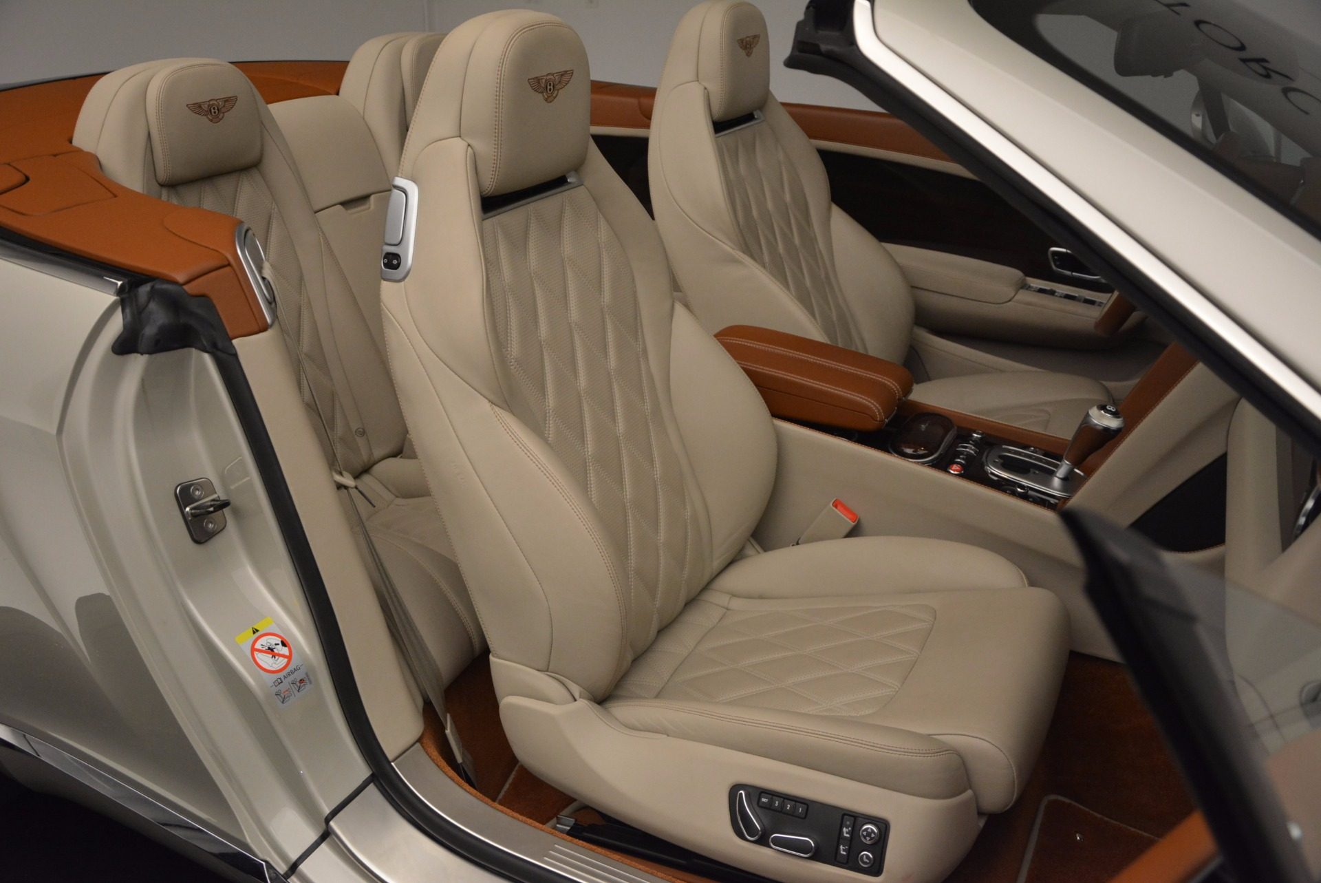 Used 2013 Bentley Continental GTC V8  For Sale In Greenwich, CT. Alfa Romeo of Greenwich, 7108 675_p46