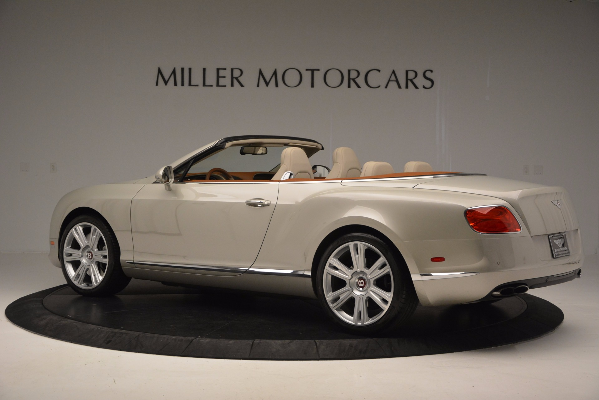 Used 2013 Bentley Continental GTC V8  For Sale In Greenwich, CT. Alfa Romeo of Greenwich, 7108 675_p4