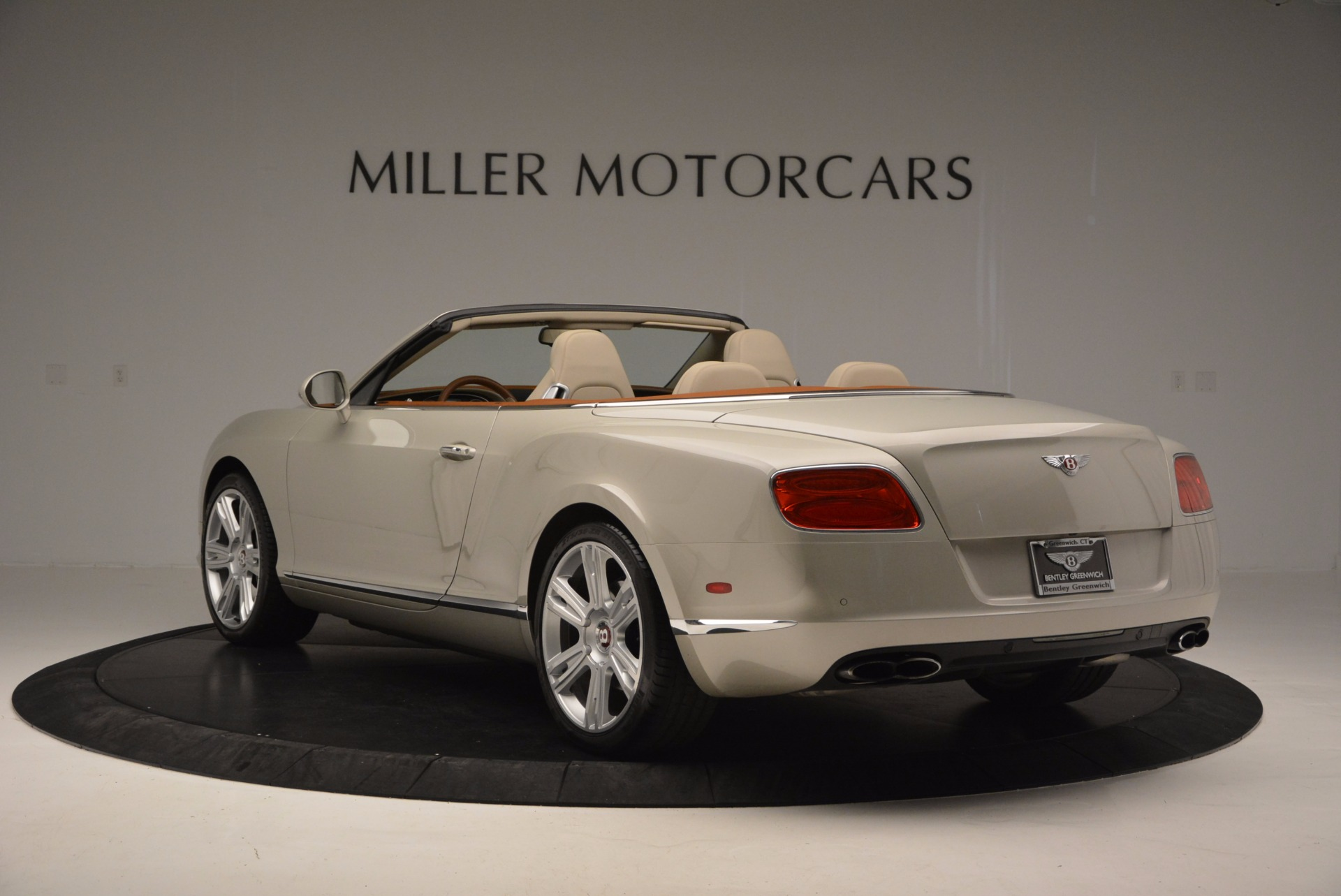 Used 2013 Bentley Continental GTC V8  For Sale In Greenwich, CT. Alfa Romeo of Greenwich, 7108 675_p5