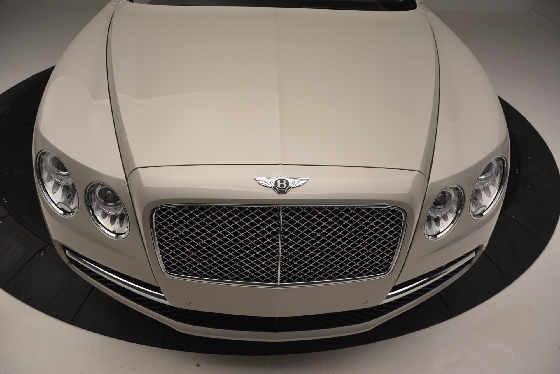 Used 2015 Bentley Flying Spur W12  For Sale In Greenwich, CT. Alfa Romeo of Greenwich, B1202A 694_p13
