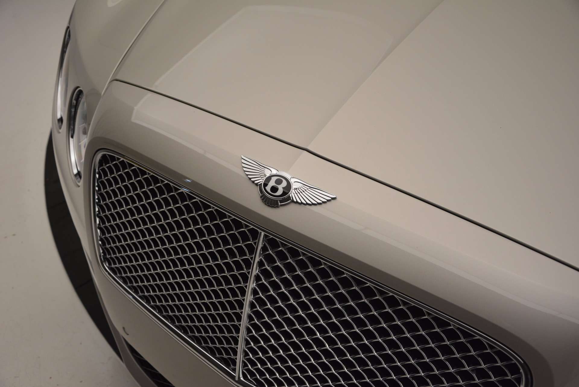 Used 2015 Bentley Flying Spur W12  For Sale In Greenwich, CT. Alfa Romeo of Greenwich, B1202A 694_p15
