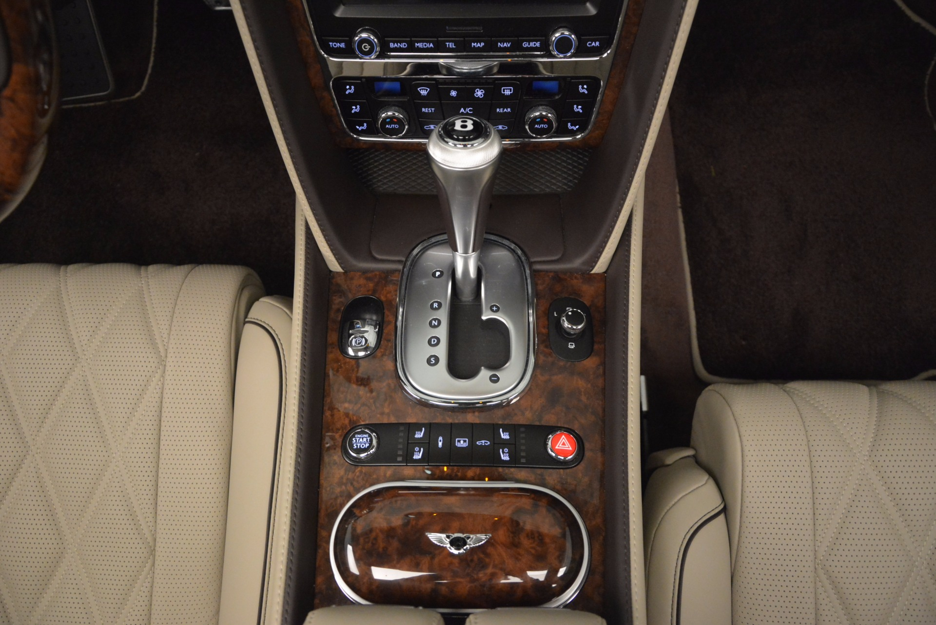 Used 2015 Bentley Flying Spur W12  For Sale In Greenwich, CT. Alfa Romeo of Greenwich, B1202A 694_p34