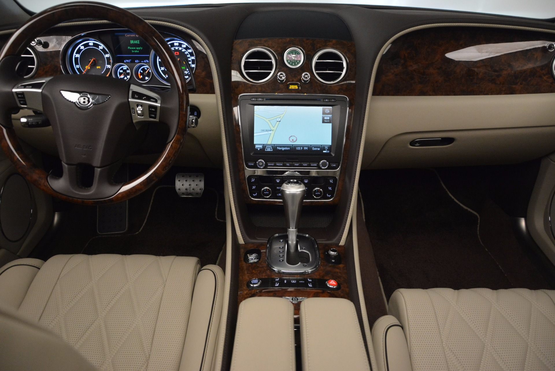 Used 2015 Bentley Flying Spur W12  For Sale In Greenwich, CT. Alfa Romeo of Greenwich, B1202A 694_p35