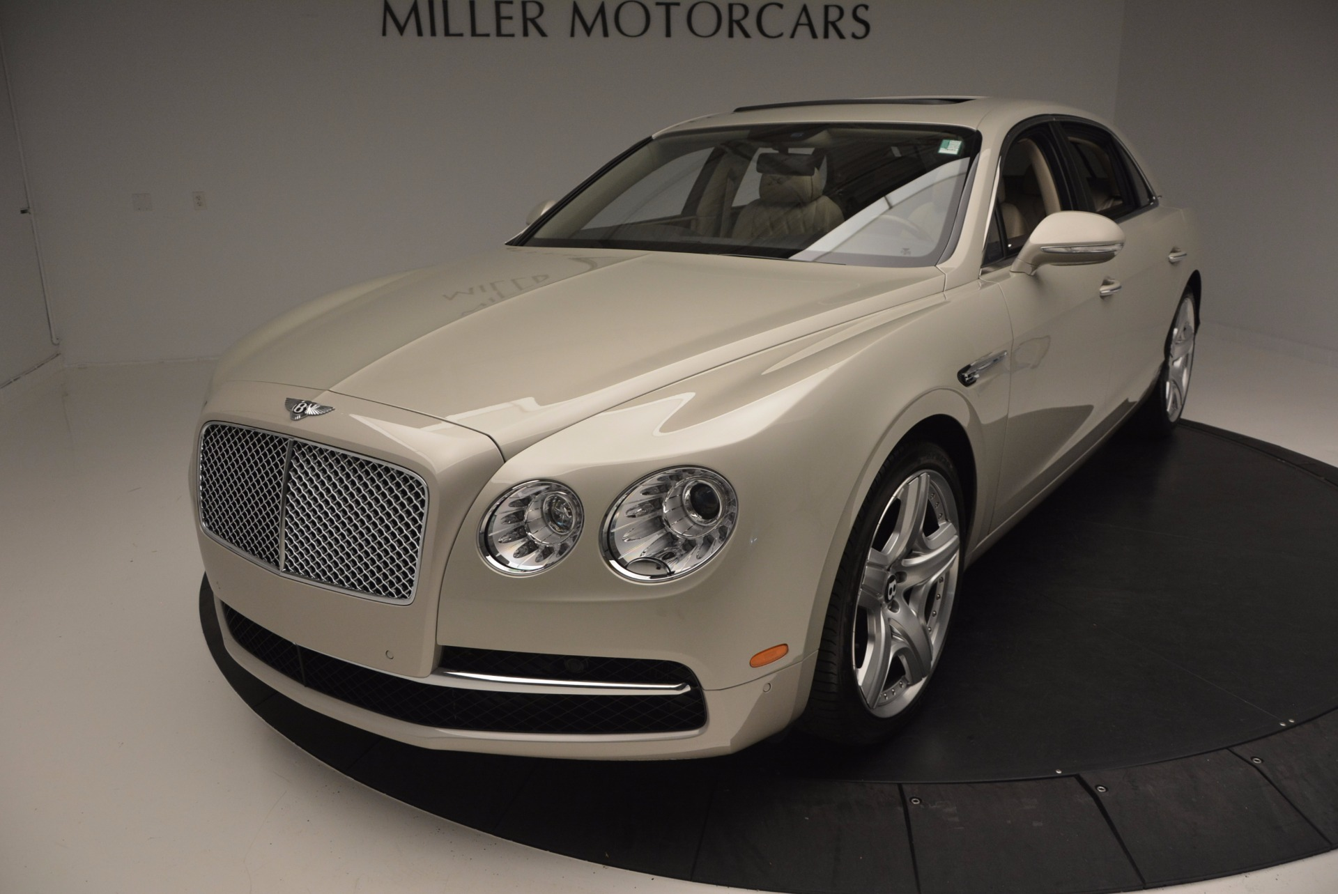 Used 2015 Bentley Flying Spur W12  For Sale In Greenwich, CT. Alfa Romeo of Greenwich, B1202A 694_p50
