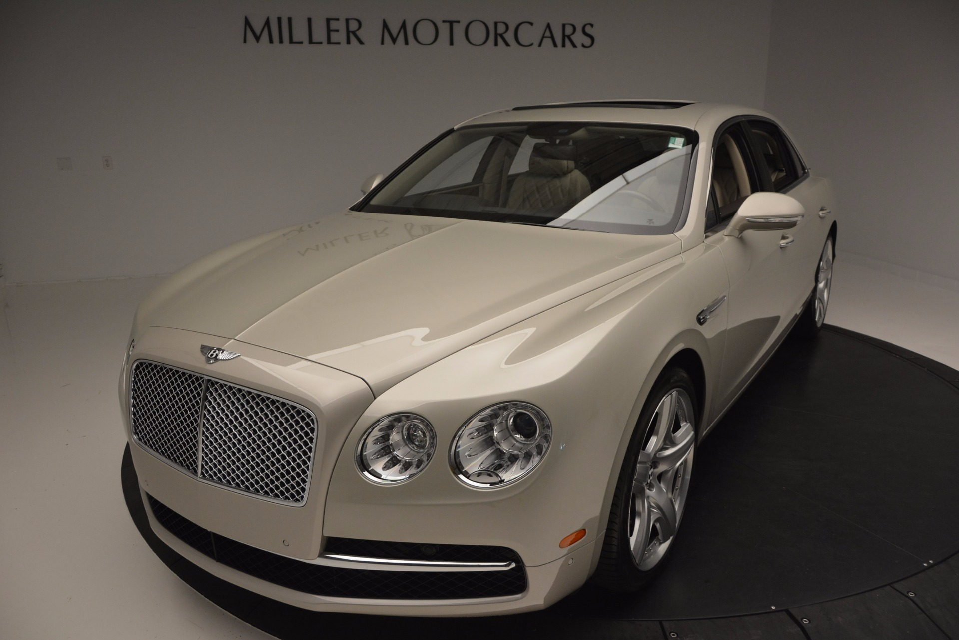 Used 2015 Bentley Flying Spur W12  For Sale In Greenwich, CT. Alfa Romeo of Greenwich, B1202A 694_p51