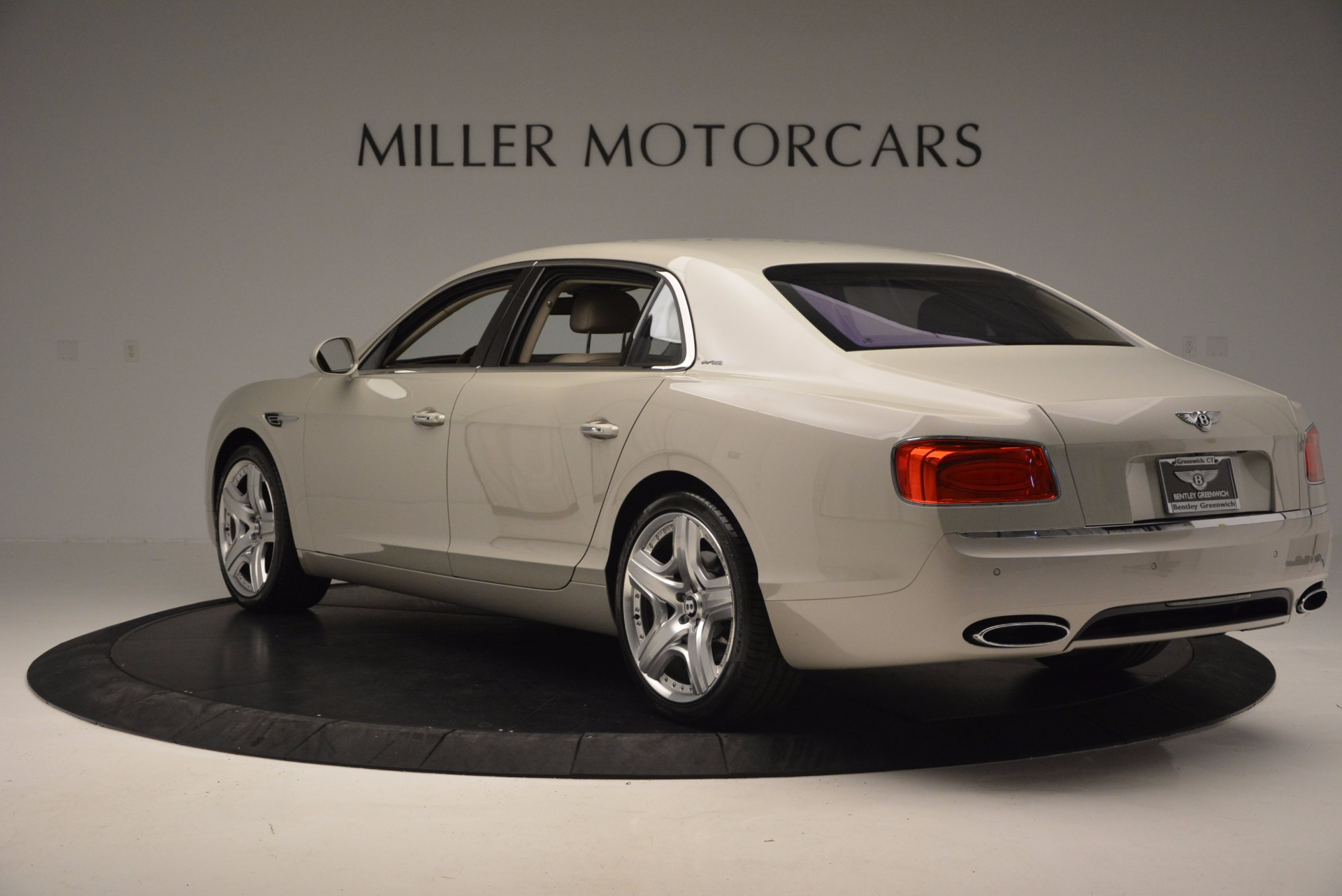 Used 2015 Bentley Flying Spur W12  For Sale In Greenwich, CT. Alfa Romeo of Greenwich, B1202A 694_p5