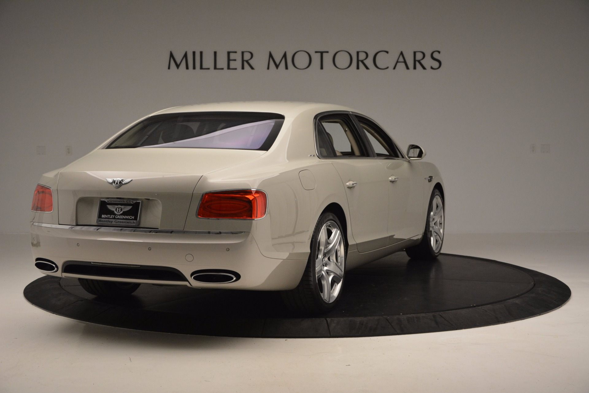Used 2015 Bentley Flying Spur W12  For Sale In Greenwich, CT. Alfa Romeo of Greenwich, B1202A 694_p7