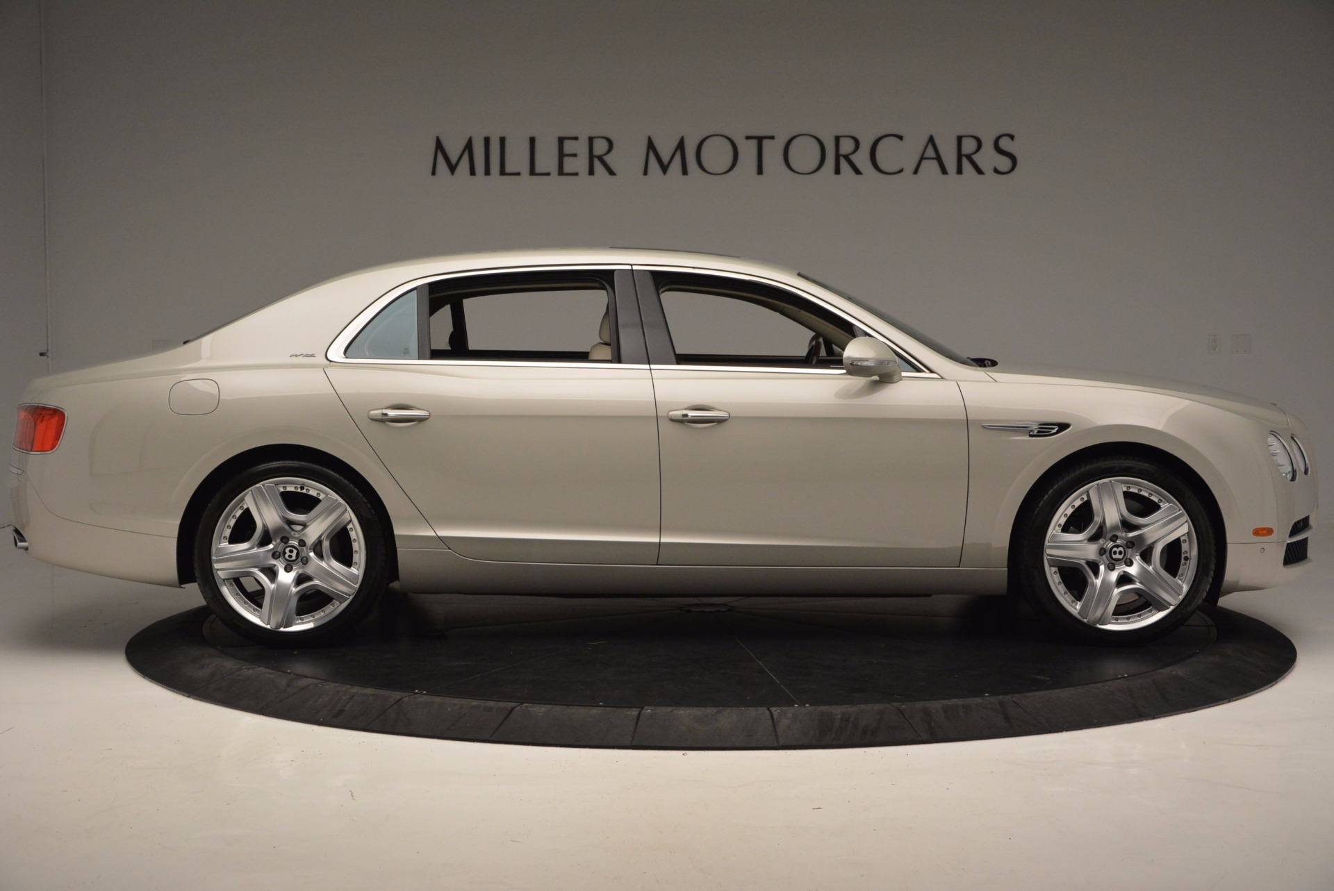 Used 2015 Bentley Flying Spur W12  For Sale In Greenwich, CT. Alfa Romeo of Greenwich, B1202A 694_p9