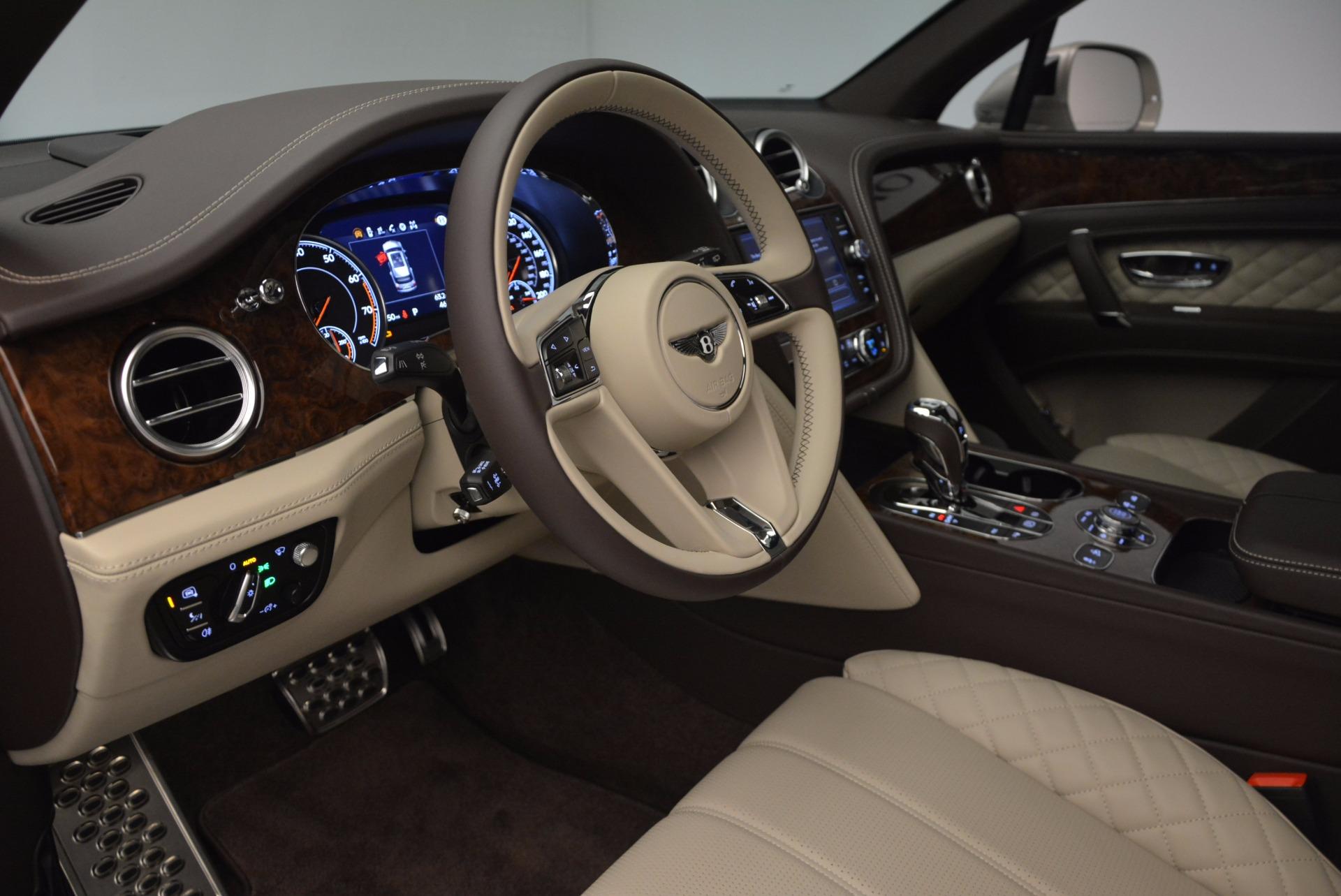 Used 2017 Bentley Bentayga  For Sale In Greenwich, CT. Alfa Romeo of Greenwich, B1200 695_p20