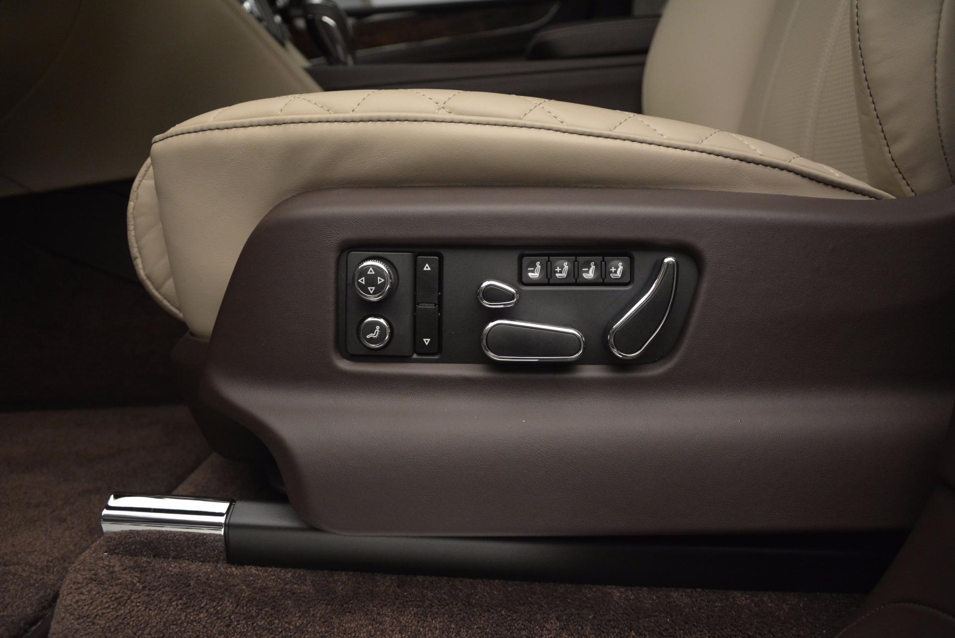 Used 2017 Bentley Bentayga  For Sale In Greenwich, CT. Alfa Romeo of Greenwich, B1200 695_p24