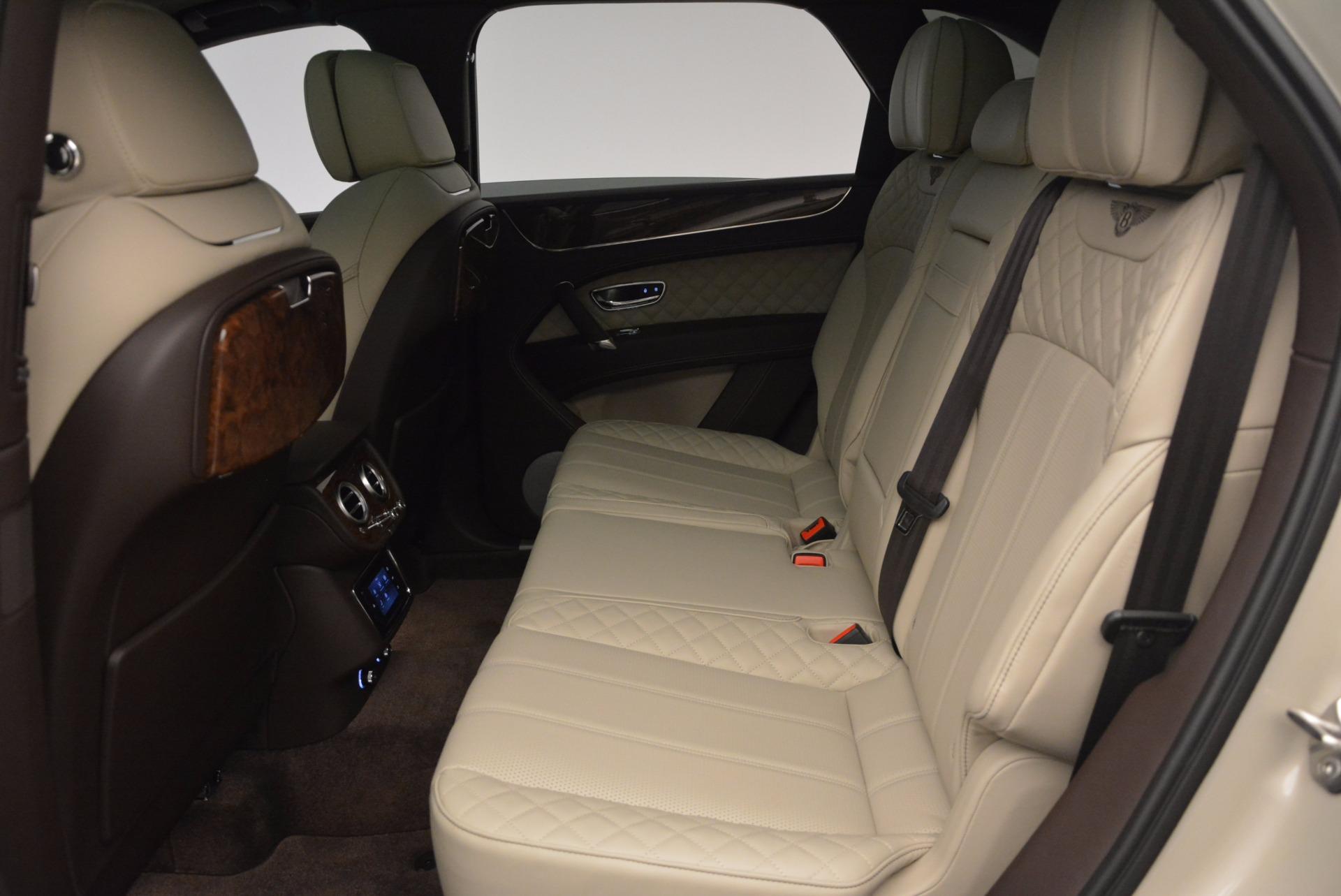 Used 2017 Bentley Bentayga  For Sale In Greenwich, CT. Alfa Romeo of Greenwich, B1200 695_p28