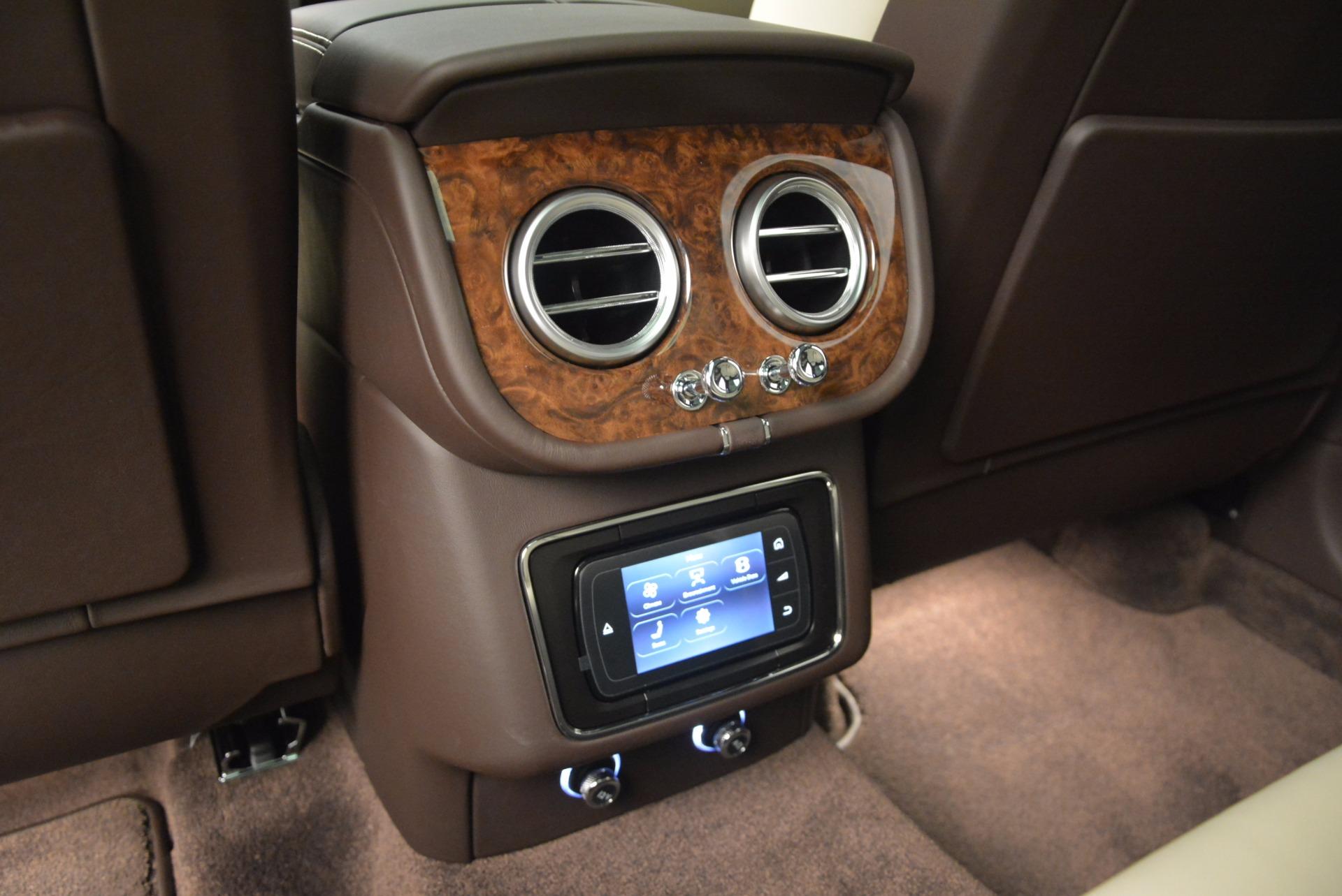 Used 2017 Bentley Bentayga  For Sale In Greenwich, CT. Alfa Romeo of Greenwich, B1200 695_p31