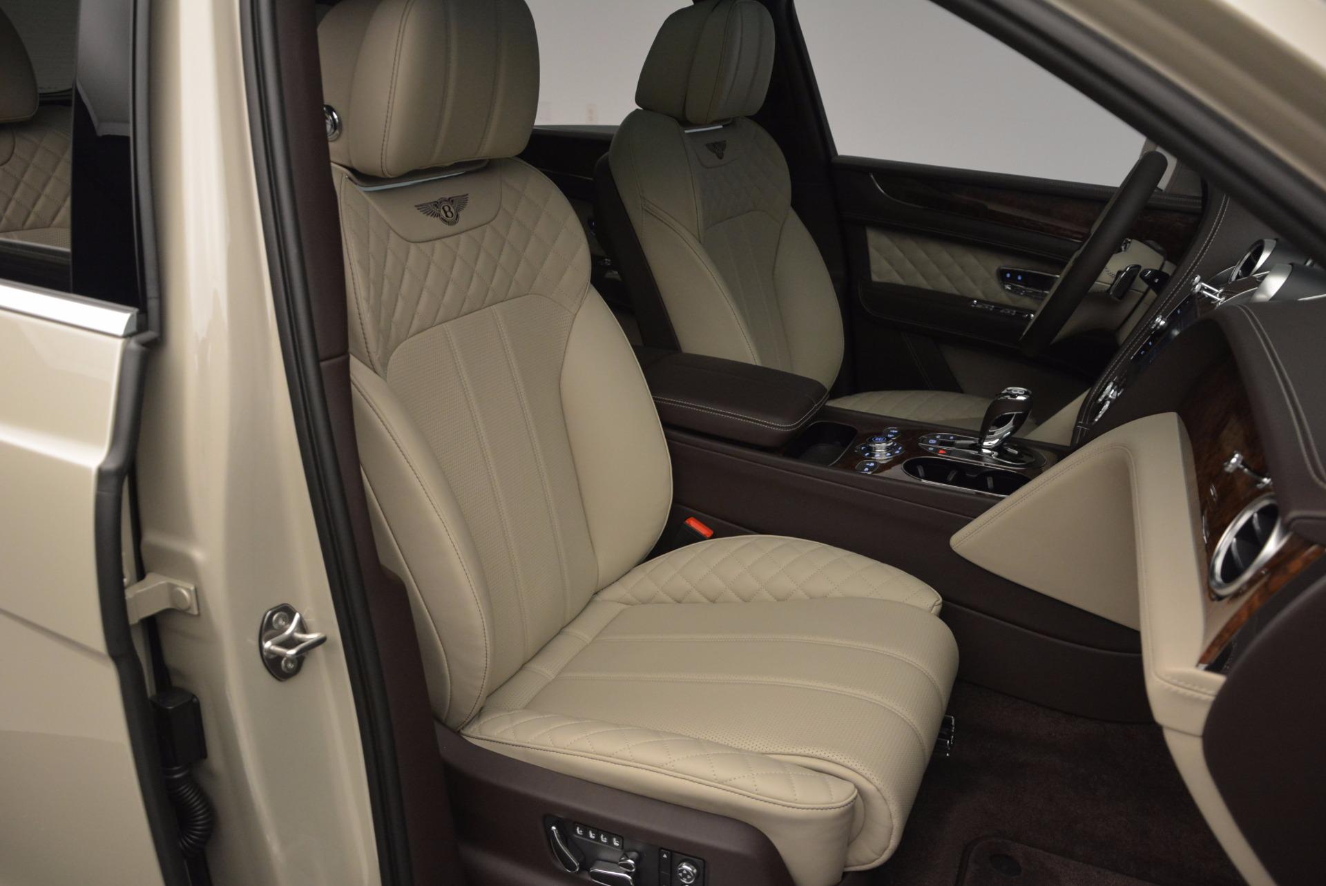 Used 2017 Bentley Bentayga  For Sale In Greenwich, CT. Alfa Romeo of Greenwich, B1200 695_p36