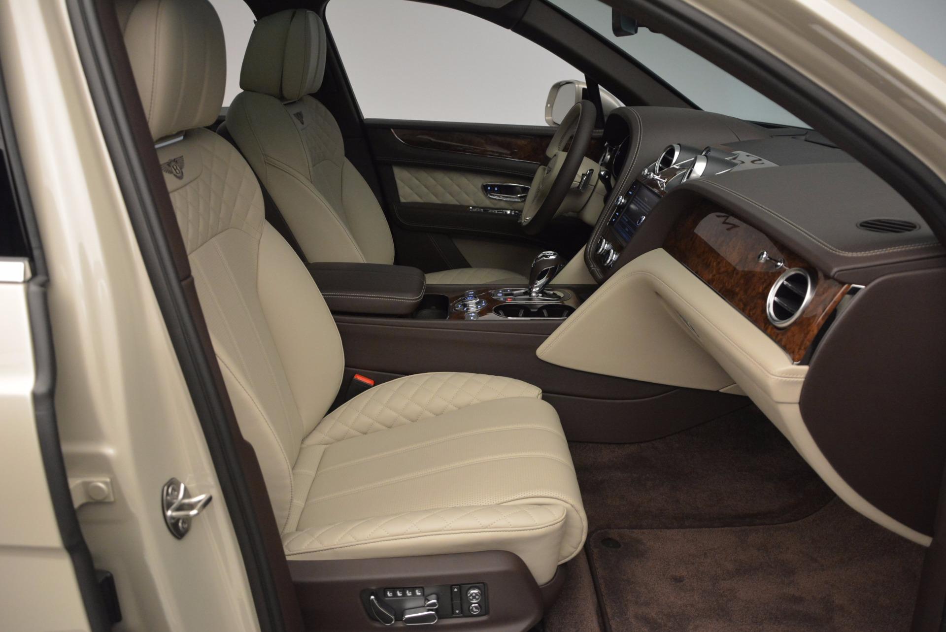 Used 2017 Bentley Bentayga  For Sale In Greenwich, CT. Alfa Romeo of Greenwich, B1200 695_p37