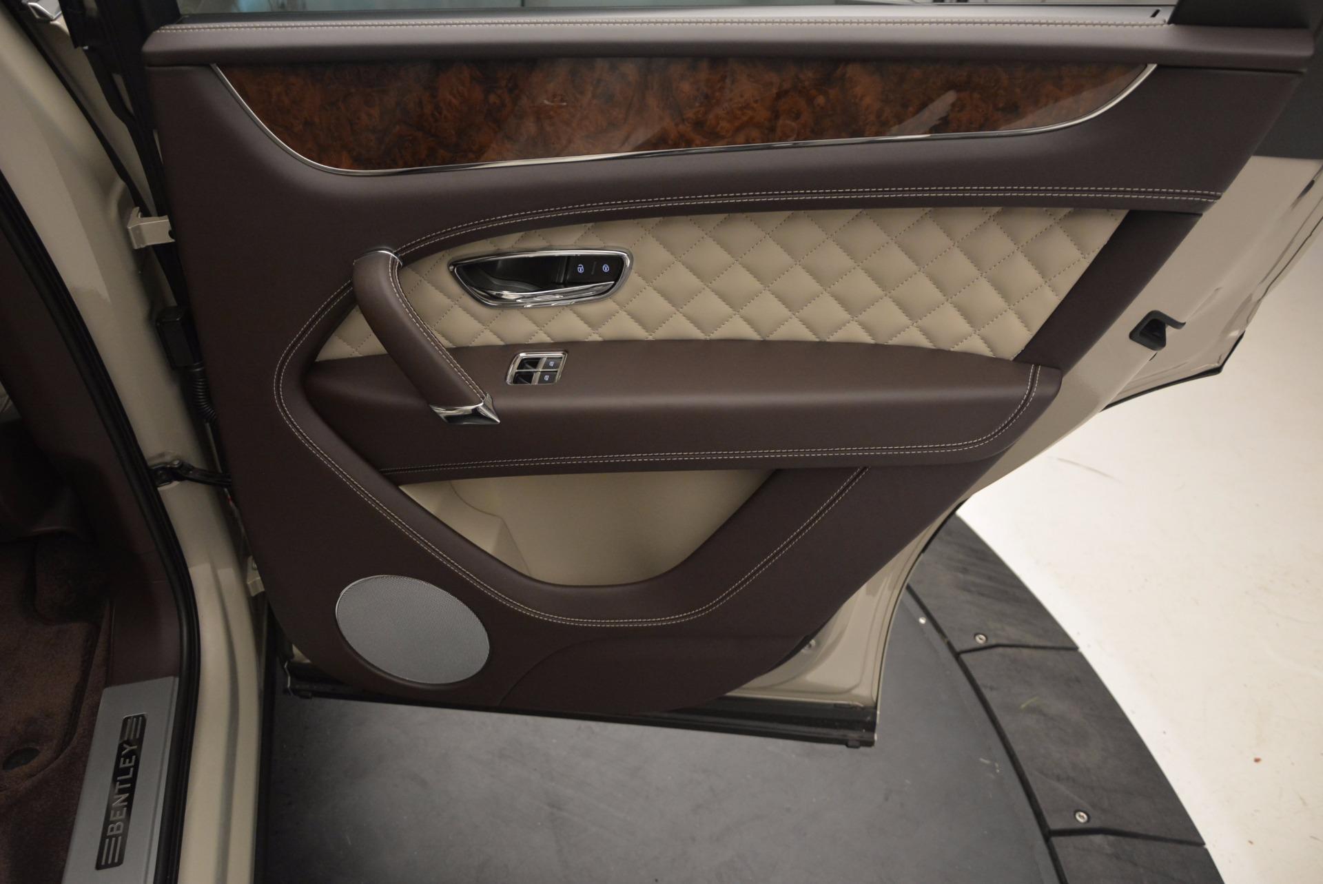 Used 2017 Bentley Bentayga  For Sale In Greenwich, CT. Alfa Romeo of Greenwich, B1200 695_p40