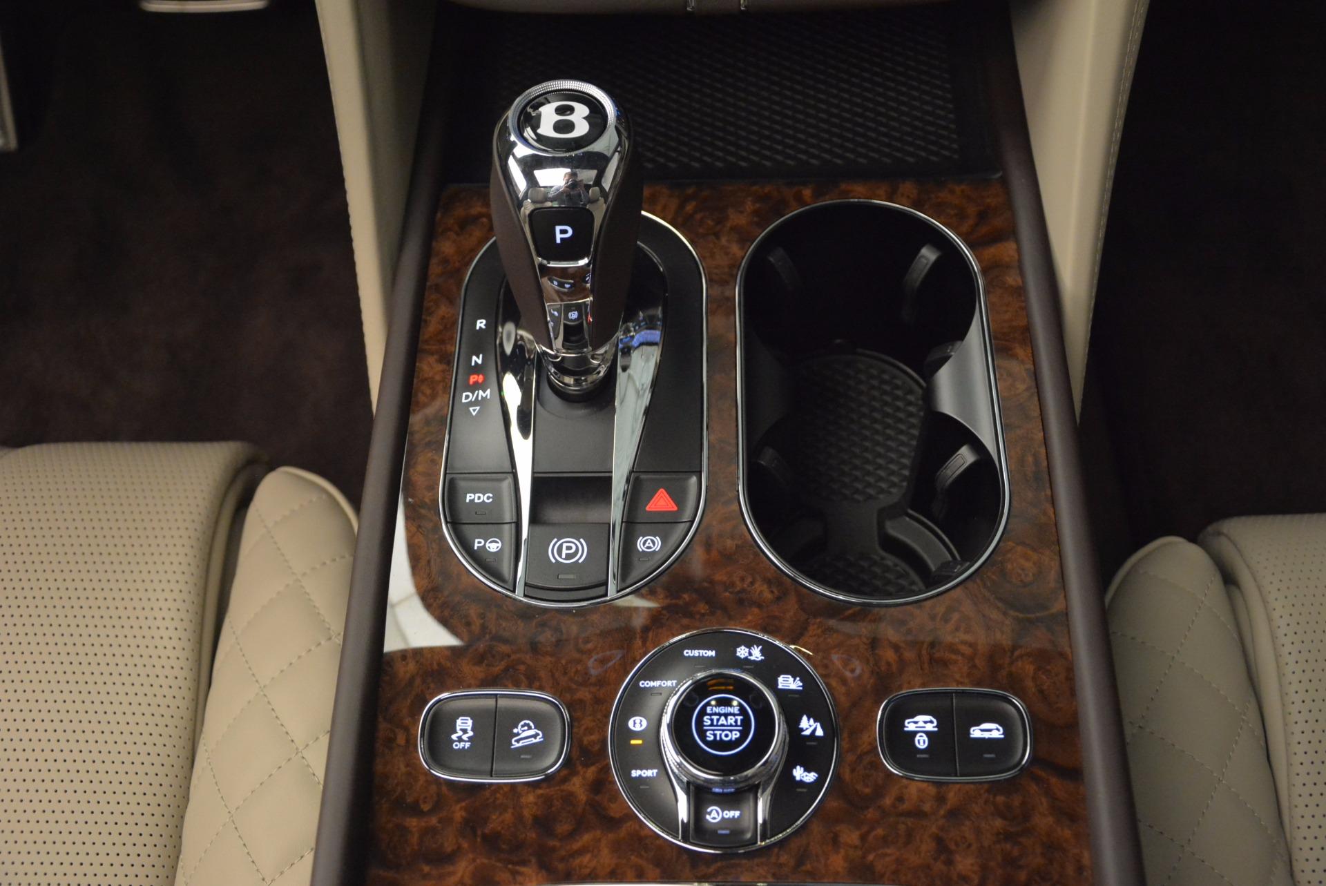 Used 2017 Bentley Bentayga  For Sale In Greenwich, CT. Alfa Romeo of Greenwich, B1200 695_p49
