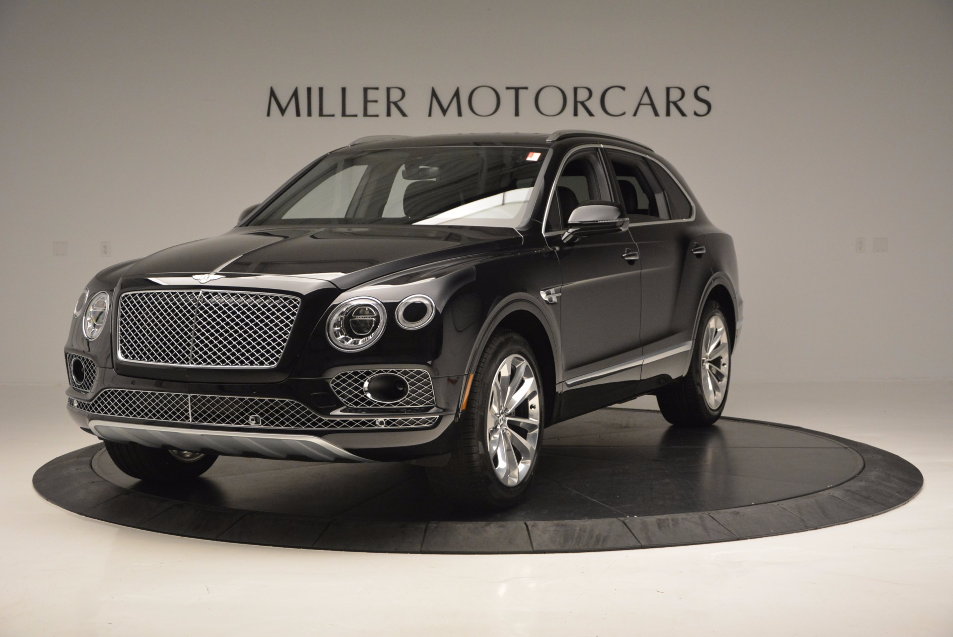 Used 2017 Bentley Bentayga W12 For Sale In Greenwich, CT. Alfa Romeo of Greenwich, 7475 696_main