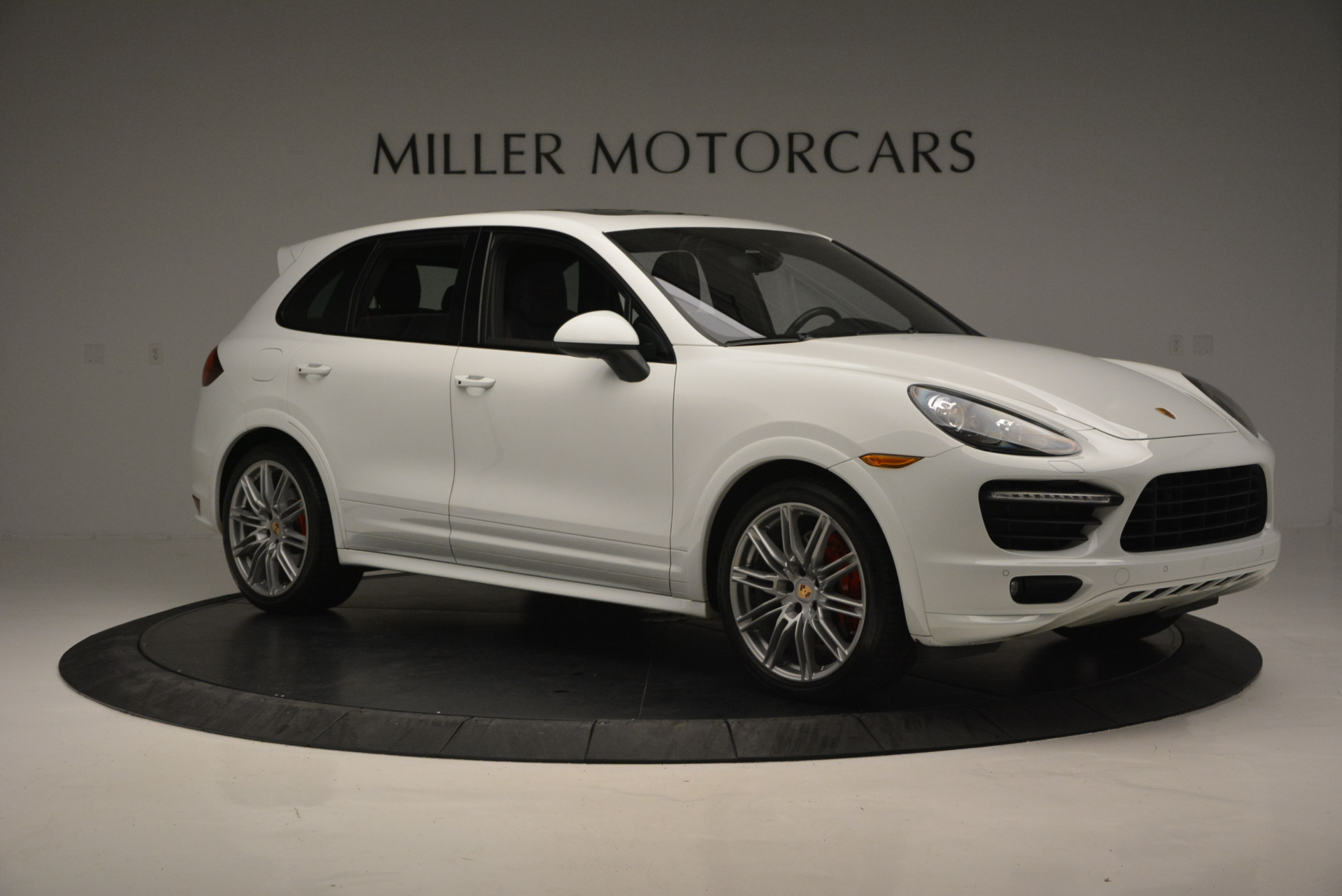 Used 2014 Porsche Cayenne GTS For Sale In Greenwich, CT. Alfa Romeo of Greenwich, 7111 697_p10