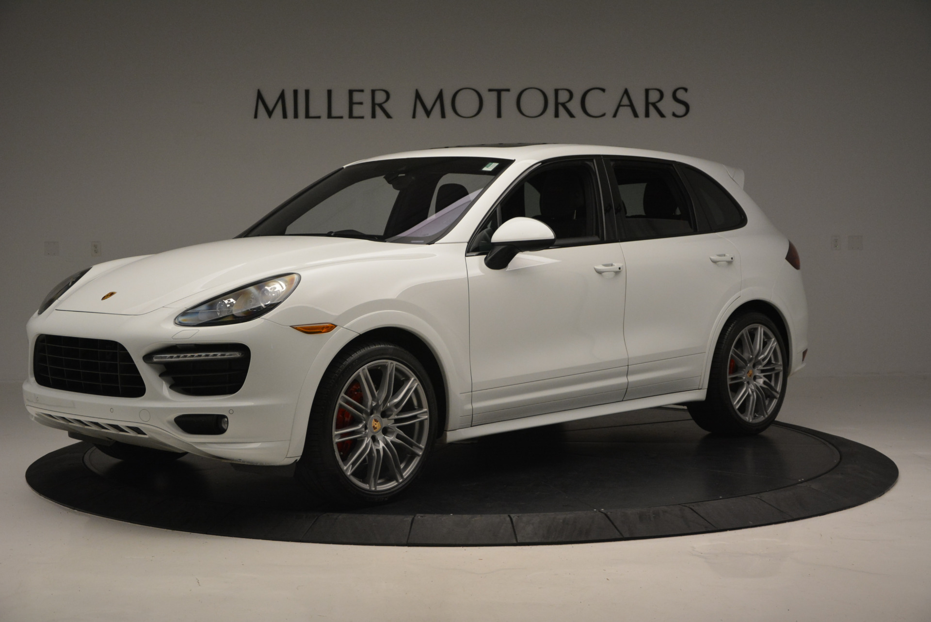 Used 2014 Porsche Cayenne GTS For Sale In Greenwich, CT. Alfa Romeo of Greenwich, 7111 697_p2