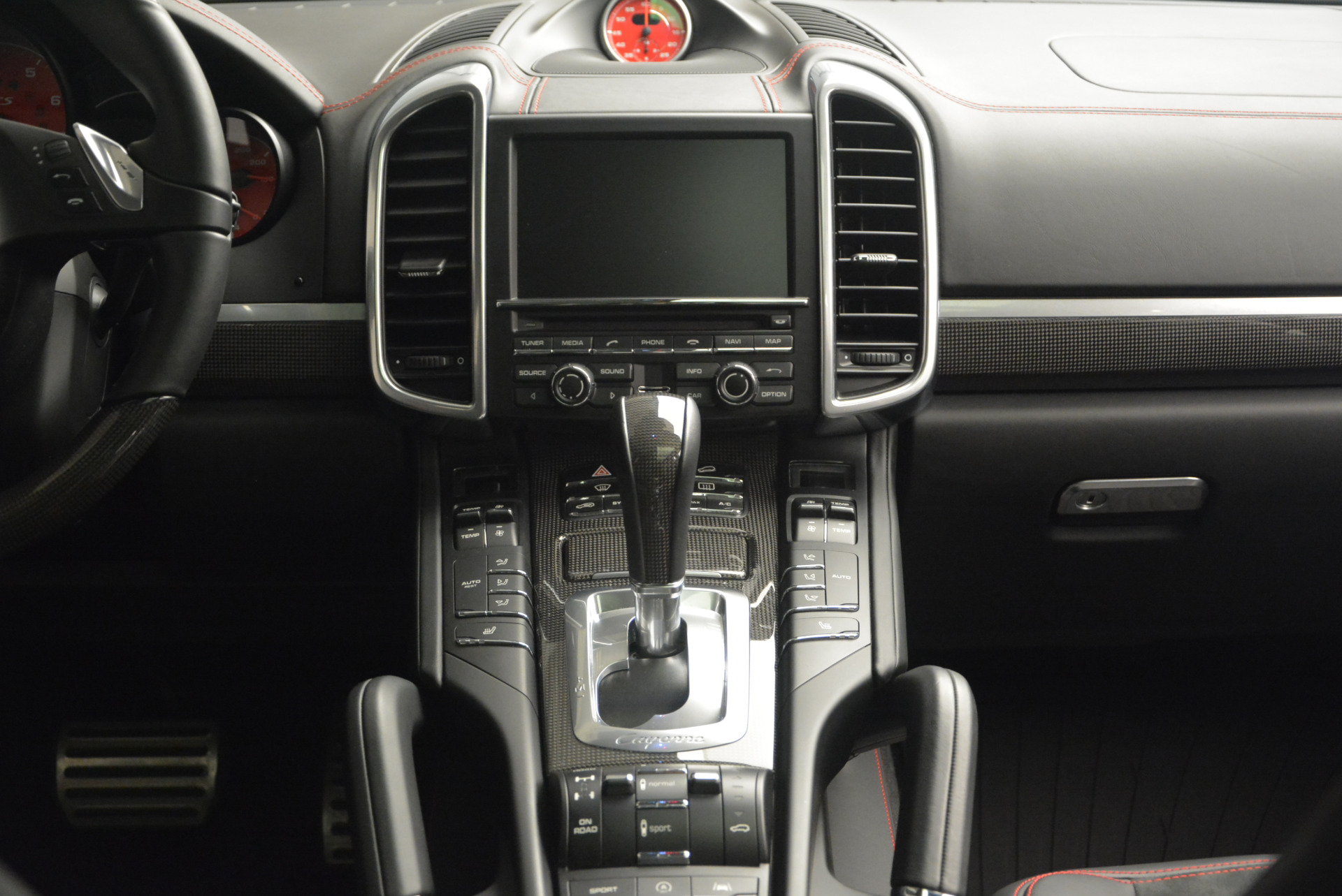 Used 2014 Porsche Cayenne GTS For Sale In Greenwich, CT. Alfa Romeo of Greenwich, 7111 697_p31