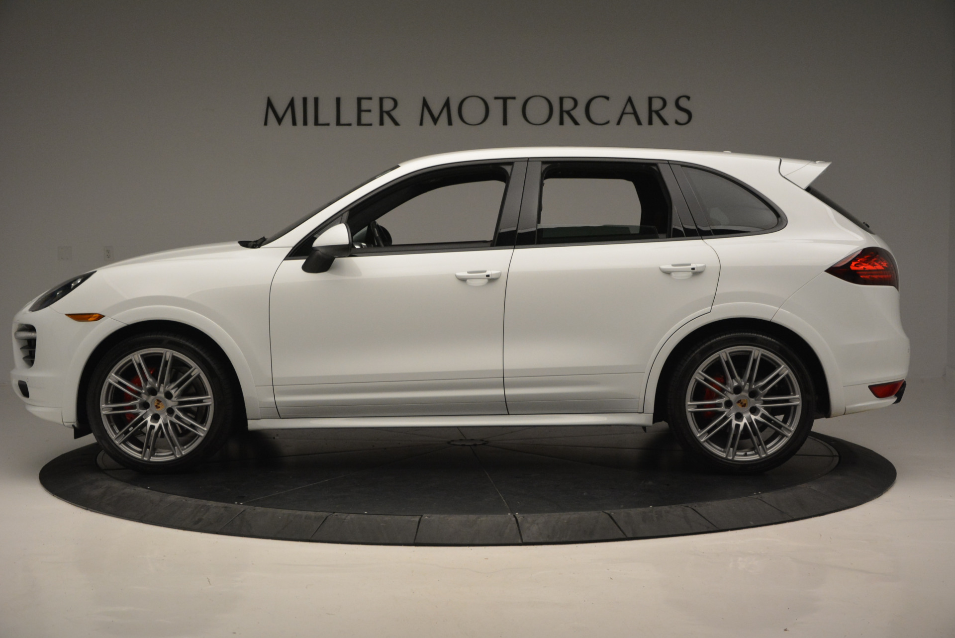 Used 2014 Porsche Cayenne GTS For Sale In Greenwich, CT. Alfa Romeo of Greenwich, 7111 697_p3