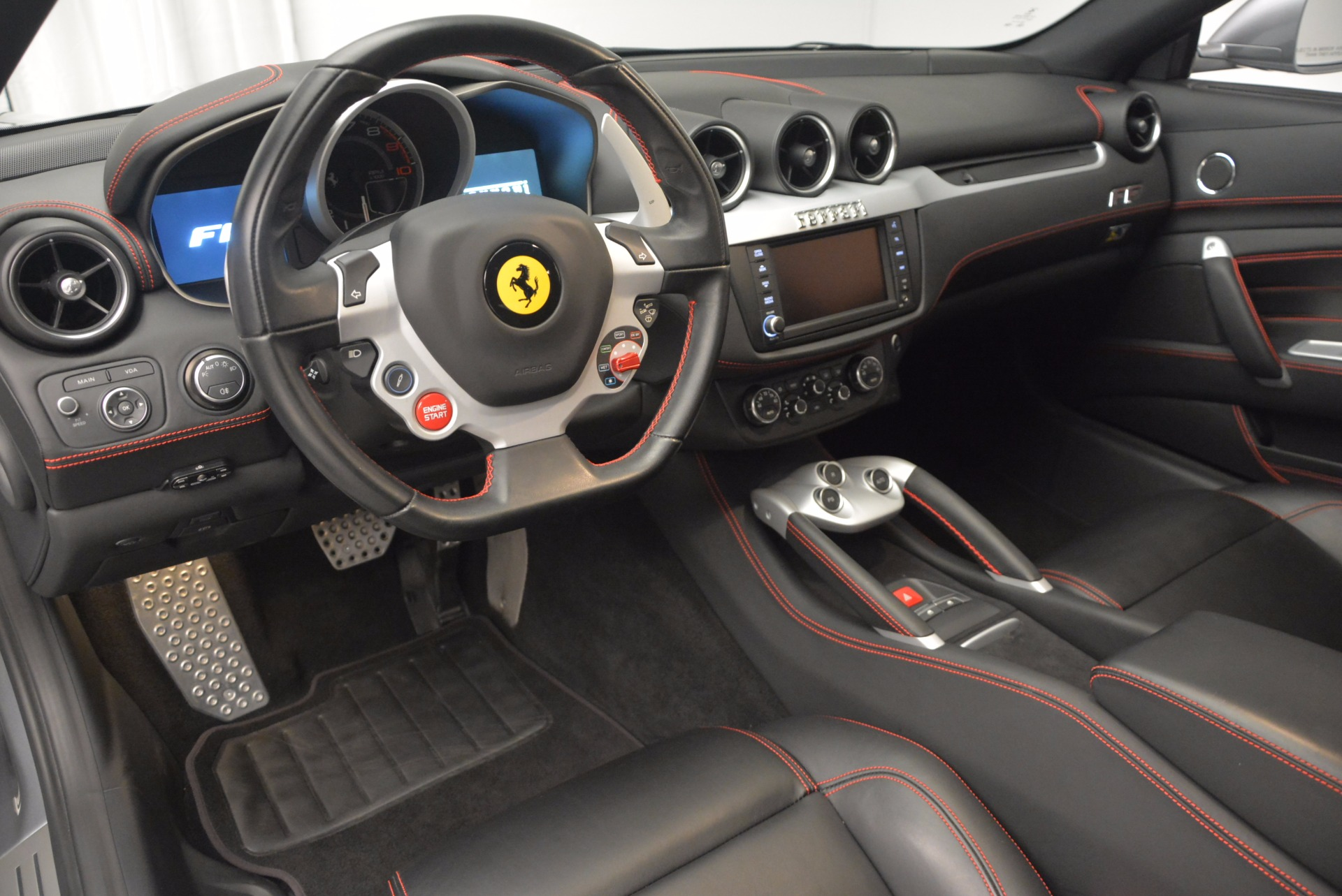 Used 2015 Ferrari FF  For Sale In Greenwich, CT. Alfa Romeo of Greenwich, 4359 701_p13