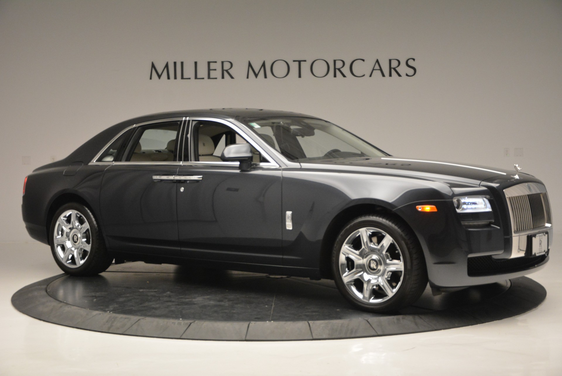 Used 2013 Rolls-Royce Ghost  For Sale In Greenwich, CT. Alfa Romeo of Greenwich, 7302 702_p11
