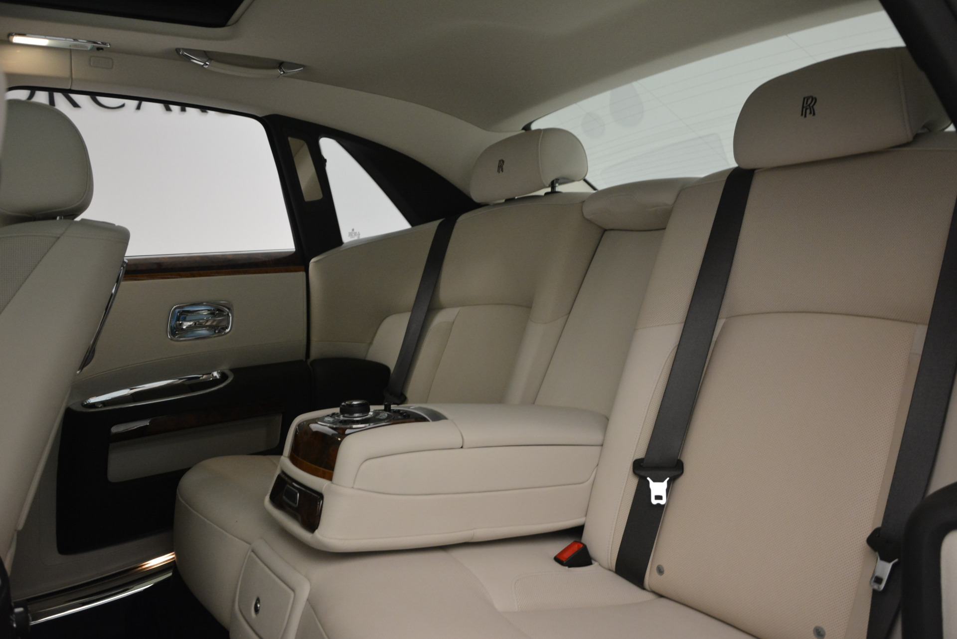 Used 2013 Rolls-Royce Ghost  For Sale In Greenwich, CT. Alfa Romeo of Greenwich, 7302 702_p22