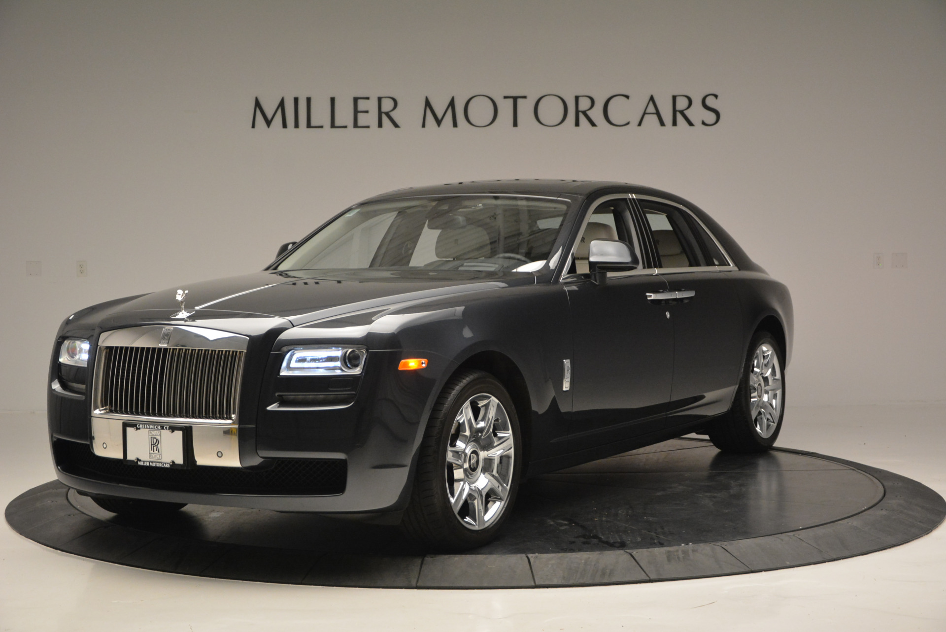 Used 2013 Rolls-Royce Ghost  For Sale In Greenwich, CT. Alfa Romeo of Greenwich, 7302 702_p2