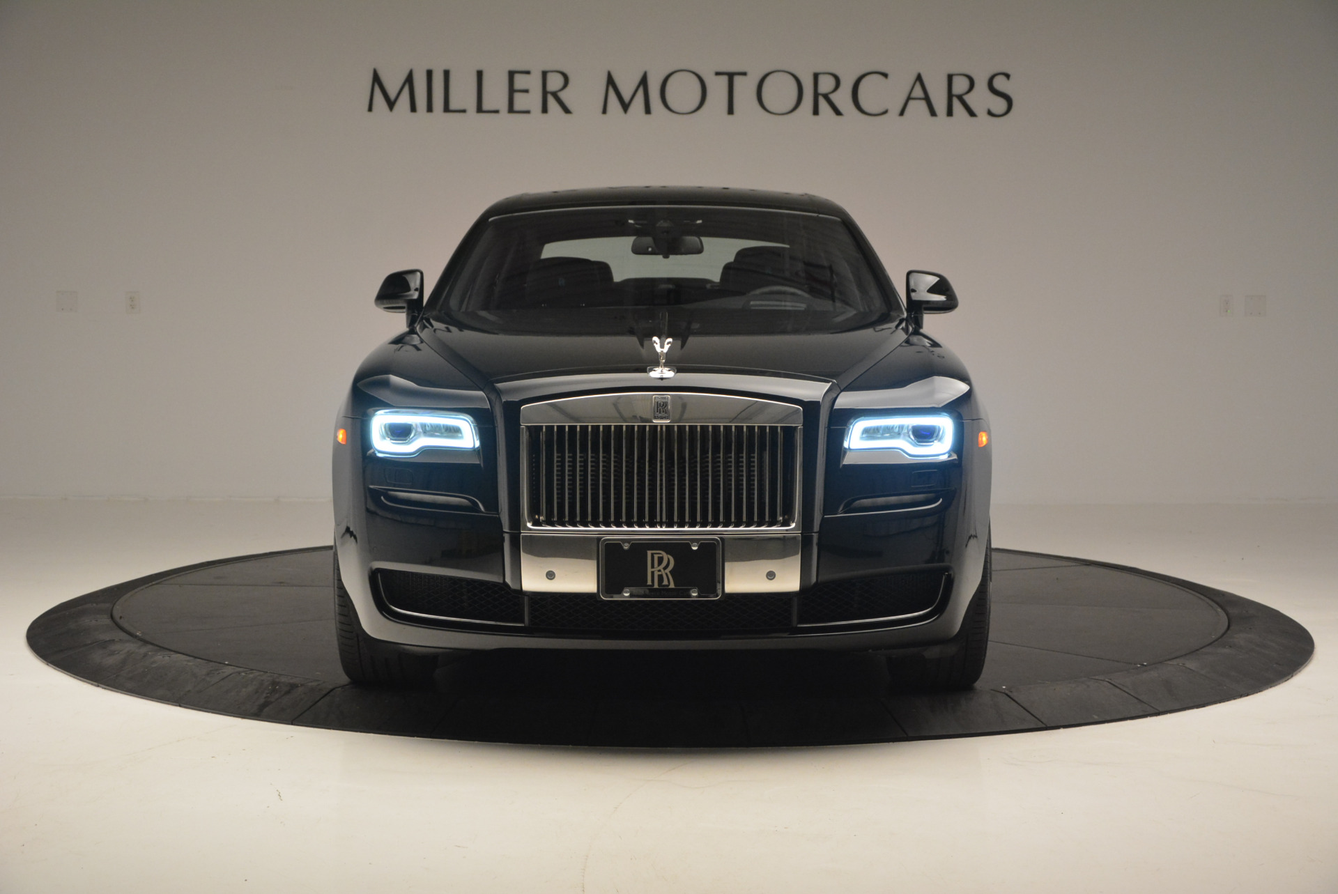 Used 2016 Rolls-Royce Ghost Series II  For Sale In Greenwich, CT. Alfa Romeo of Greenwich, R392 703_p12