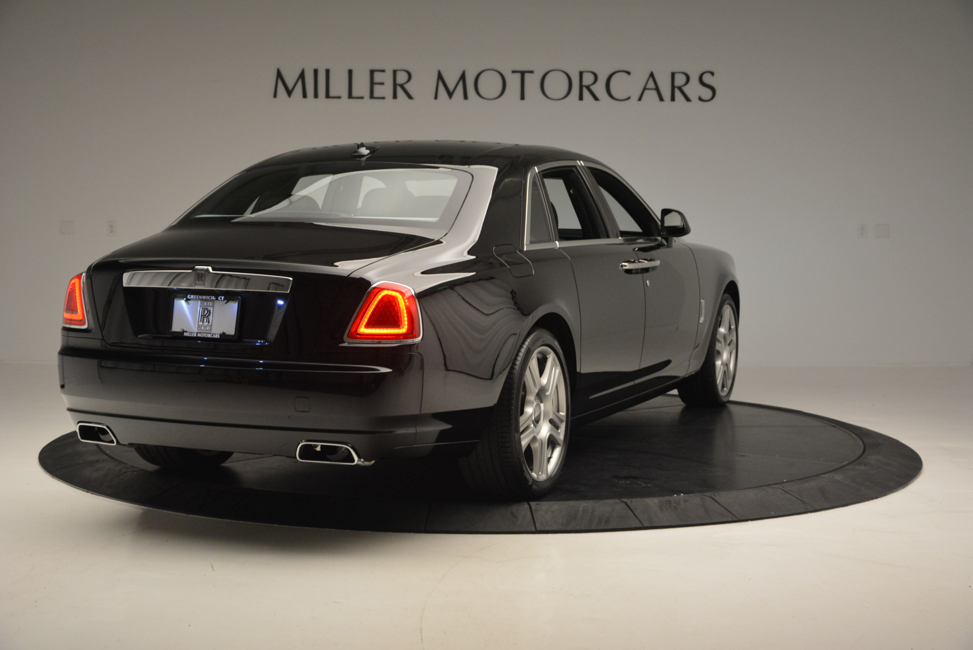Used 2016 Rolls-Royce Ghost Series II  For Sale In Greenwich, CT. Alfa Romeo of Greenwich, R392 703_p7