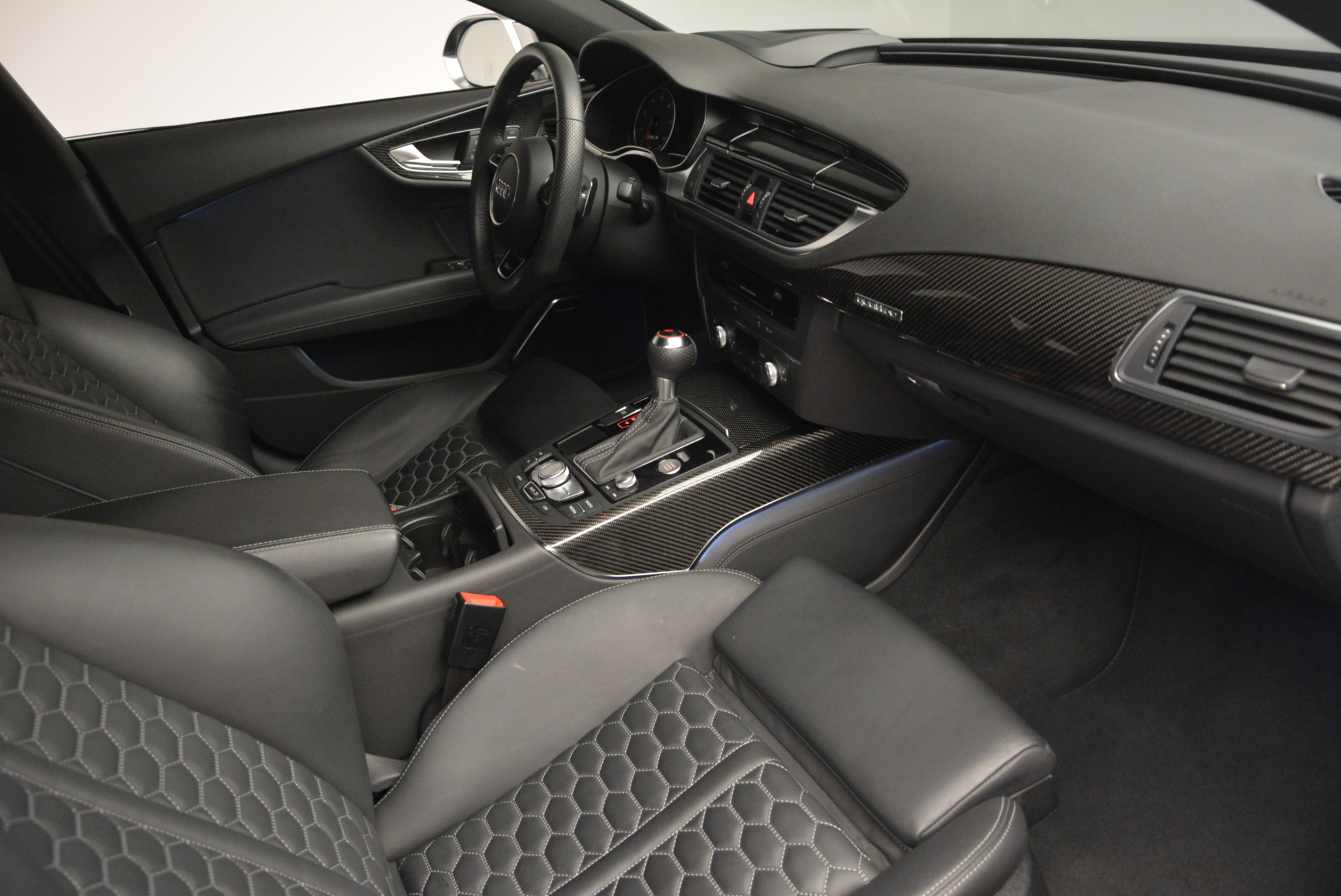 Used 2014 Audi RS 7 4.0T quattro Prestige For Sale In Greenwich, CT. Alfa Romeo of Greenwich, W316A 707_p23