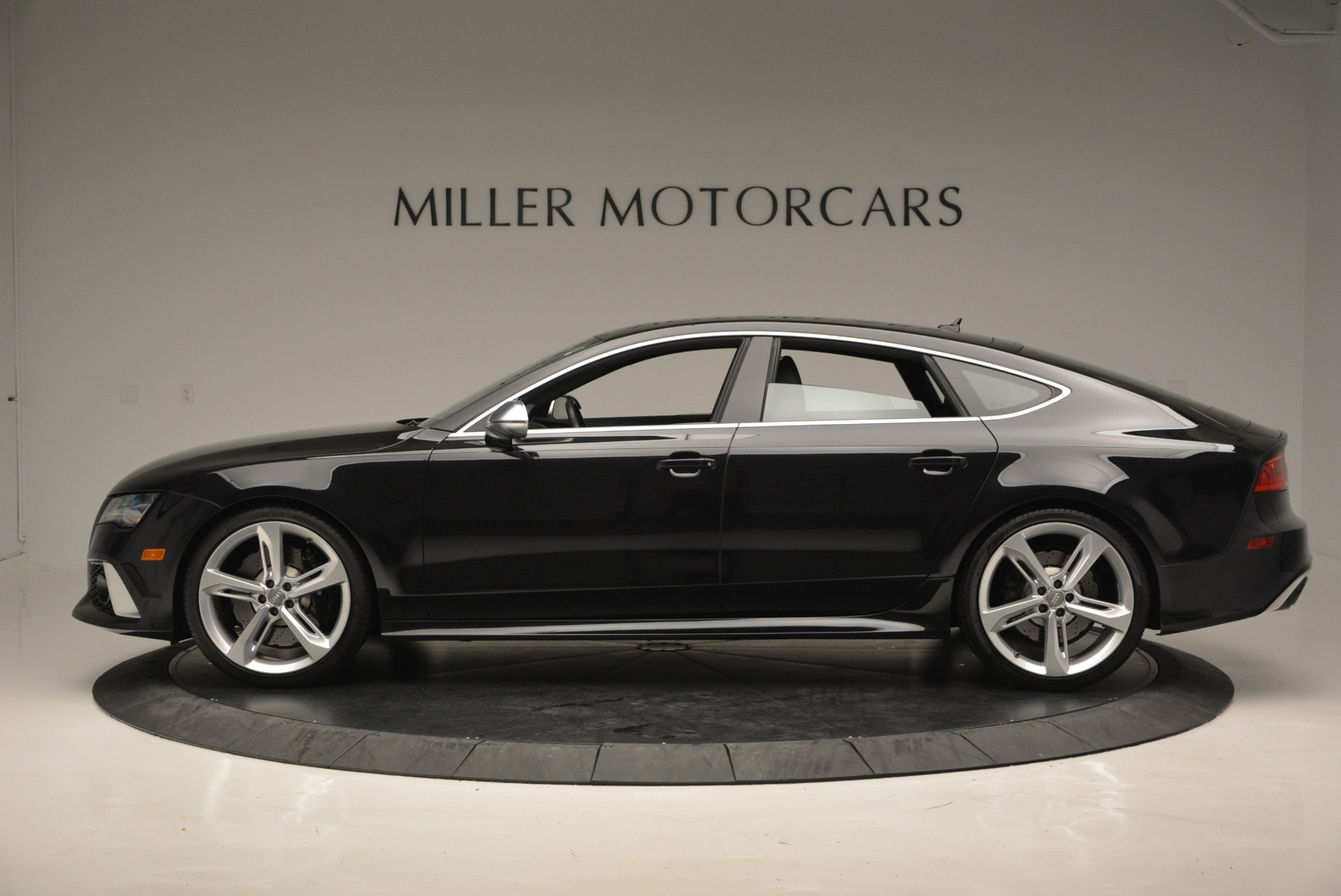 Used 2014 Audi RS 7 4.0T quattro Prestige For Sale In Greenwich, CT. Alfa Romeo of Greenwich, W316A 707_p3