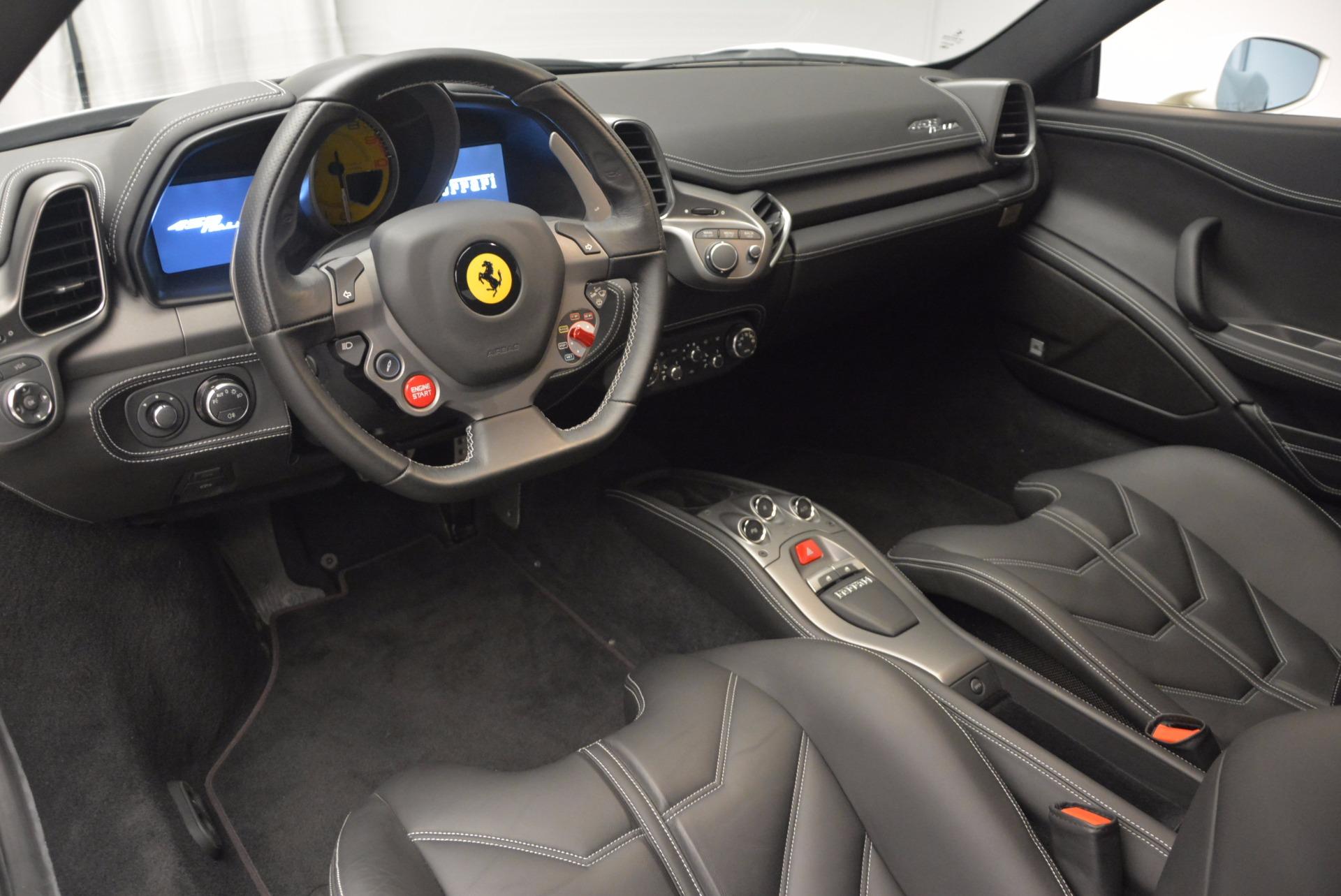 Used 2012 Ferrari 458 Italia  For Sale In Greenwich, CT. Alfa Romeo of Greenwich, 4361 709_p13