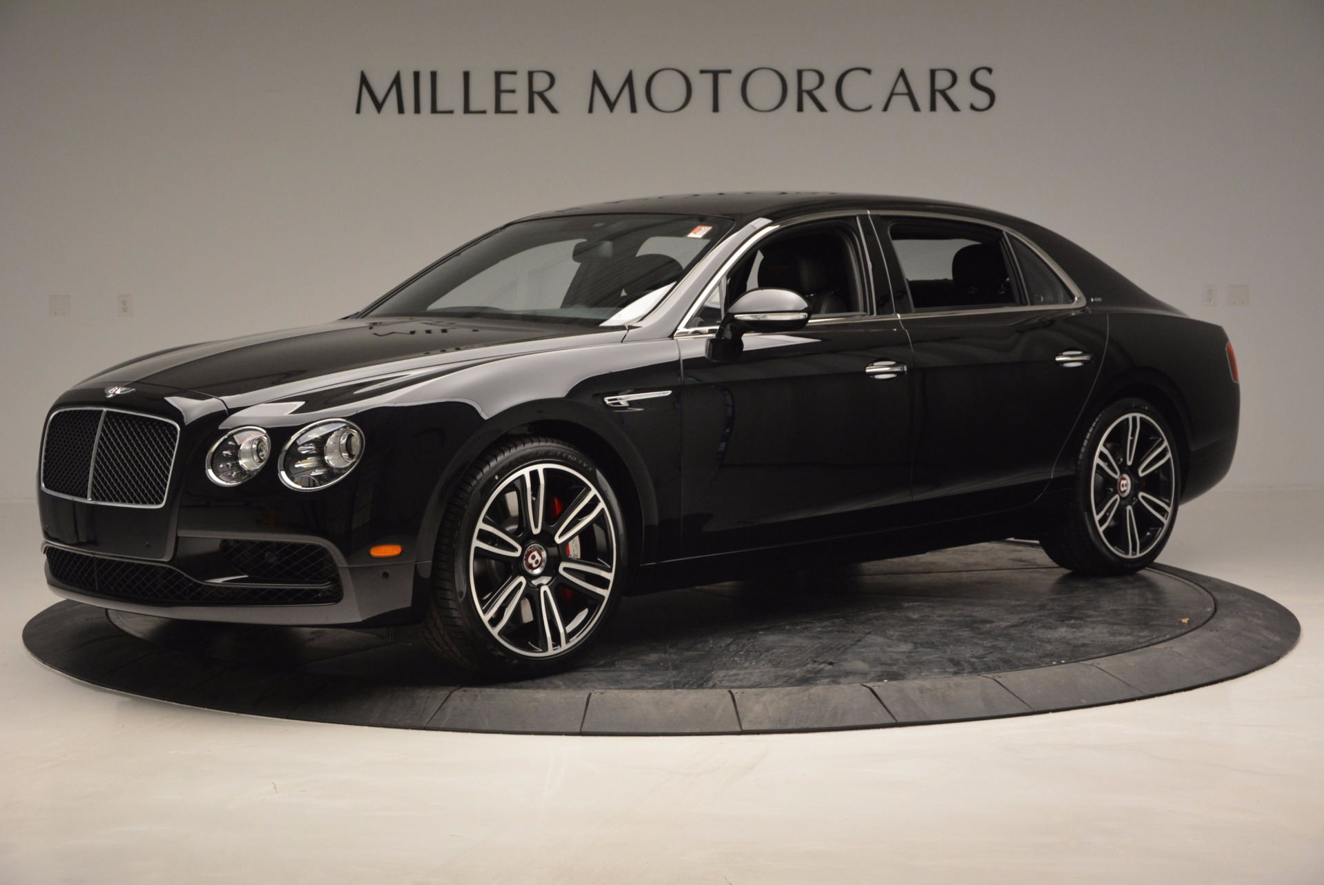 Used 2017 Bentley Flying Spur V8 S For Sale In Greenwich, CT. Alfa Romeo of Greenwich, B1205 732_p2
