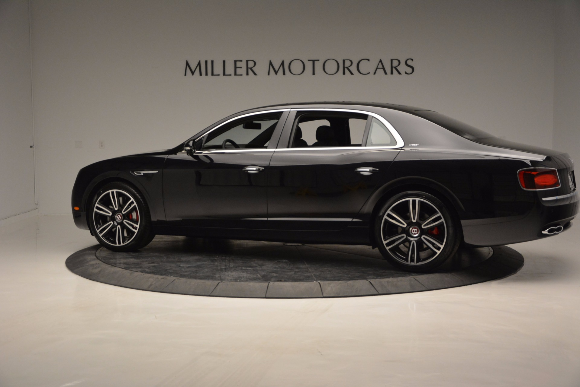 Used 2017 Bentley Flying Spur V8 S For Sale In Greenwich, CT. Alfa Romeo of Greenwich, B1205 732_p4