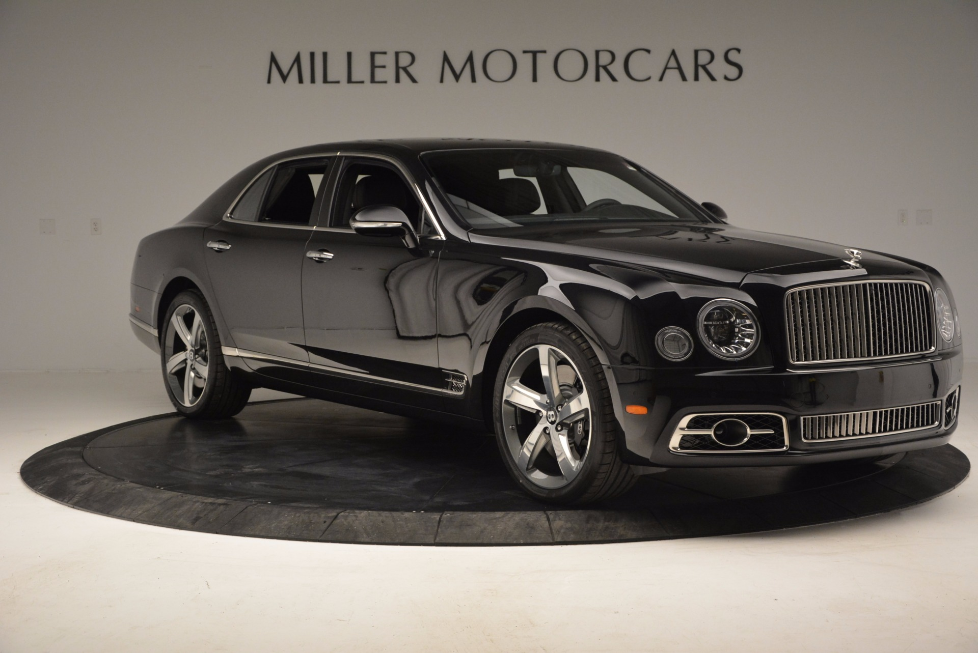 Used 2017 Bentley Mulsanne Speed For Sale In Greenwich, CT. Alfa Romeo of Greenwich, B1207 733_p11