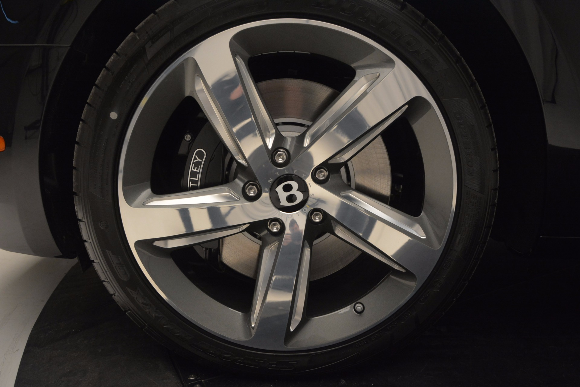 Used 2017 Bentley Mulsanne Speed For Sale In Greenwich, CT. Alfa Romeo of Greenwich, B1207 733_p16