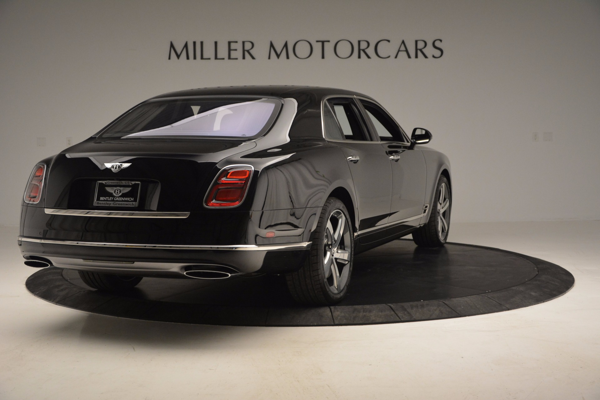Used 2017 Bentley Mulsanne Speed For Sale In Greenwich, CT. Alfa Romeo of Greenwich, B1207 733_p7