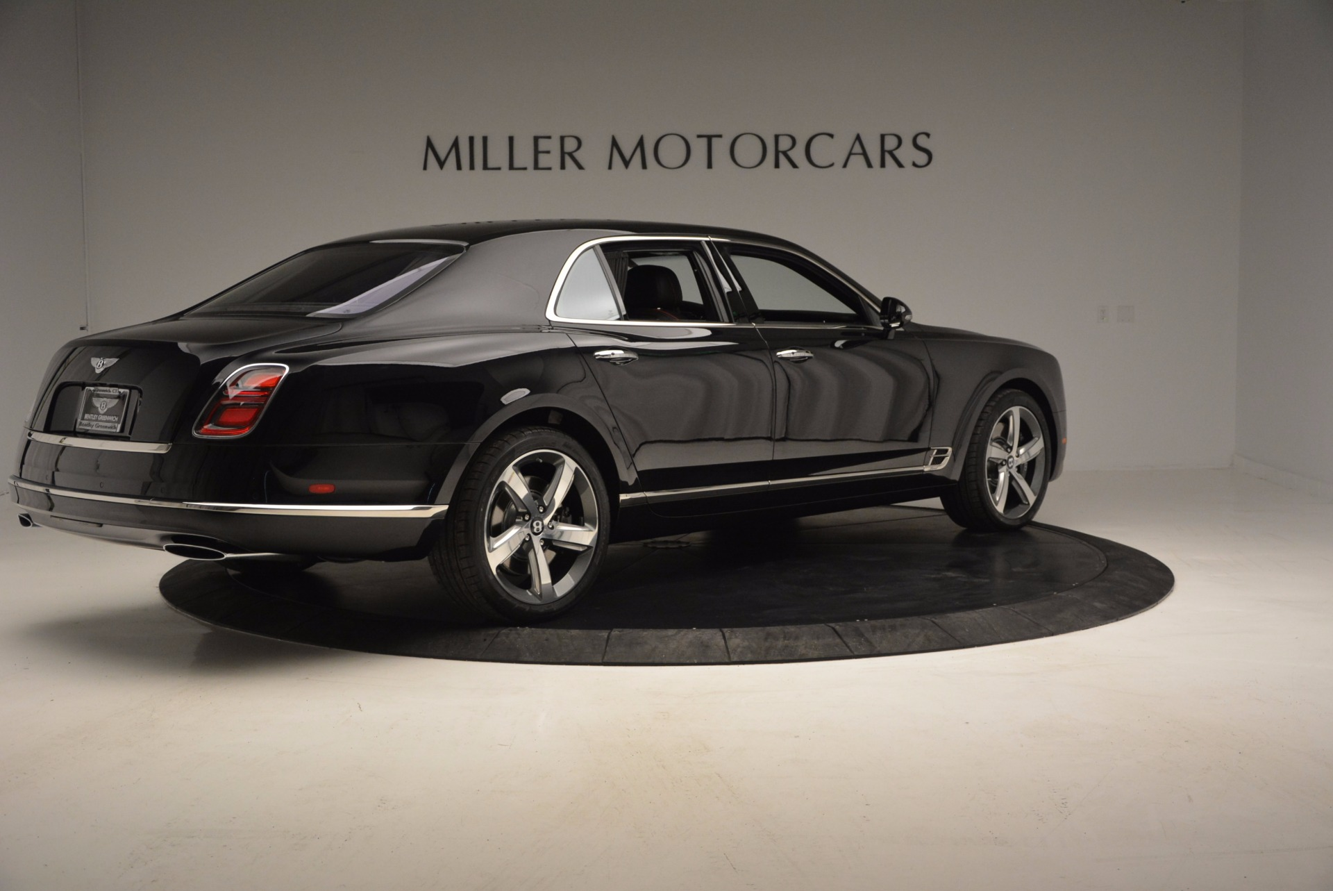 Used 2017 Bentley Mulsanne Speed For Sale In Greenwich, CT. Alfa Romeo of Greenwich, B1207 733_p8