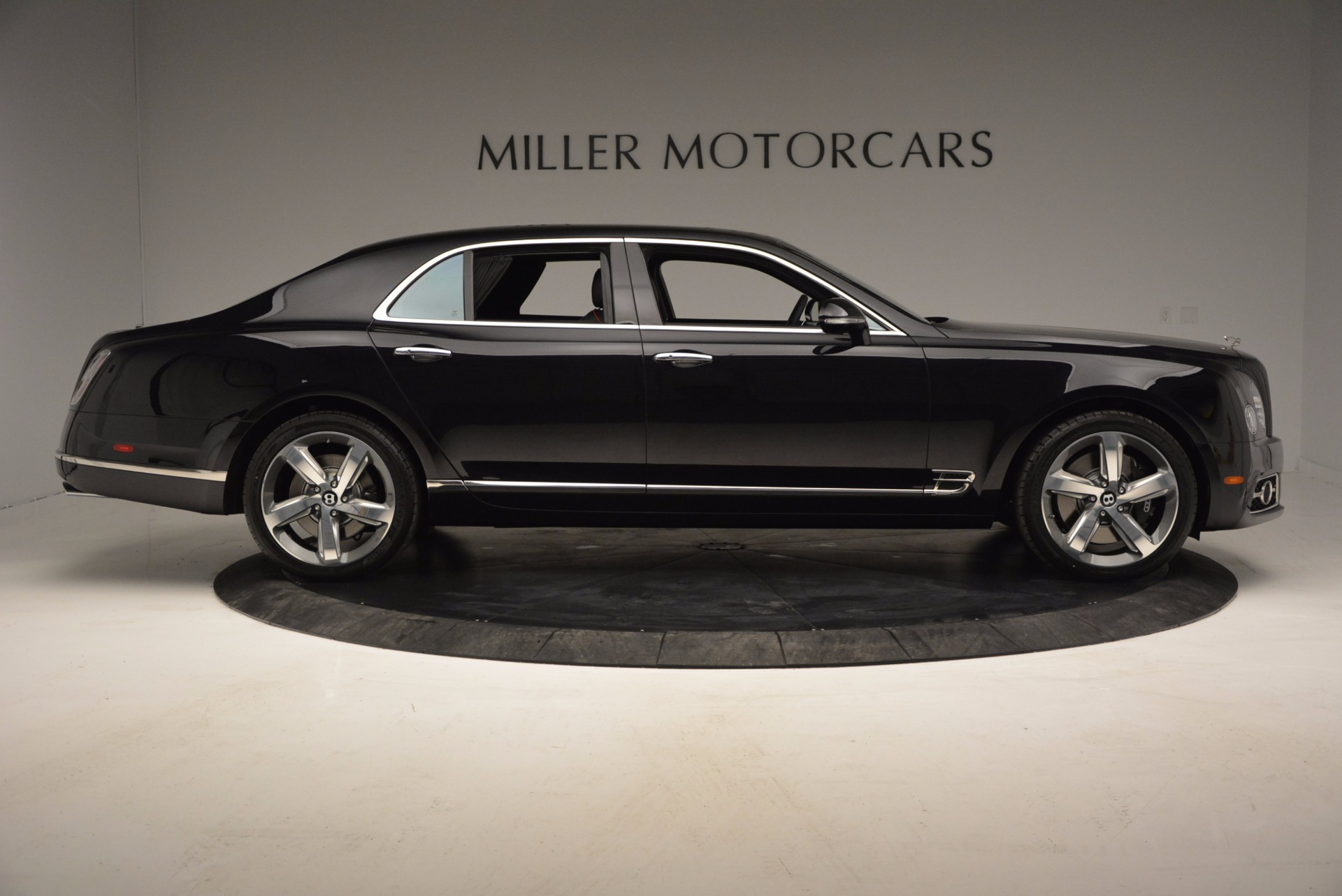 Used 2017 Bentley Mulsanne Speed For Sale In Greenwich, CT. Alfa Romeo of Greenwich, B1207 733_p9