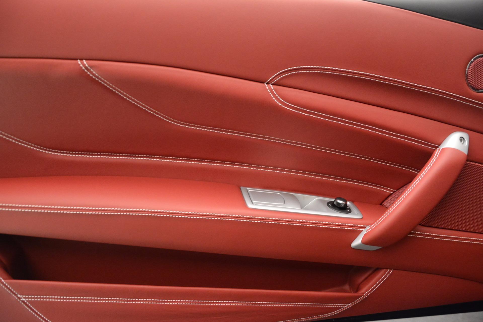 Used 2015 Ferrari FF  For Sale In Greenwich, CT. Alfa Romeo of Greenwich, 4396 735_p16