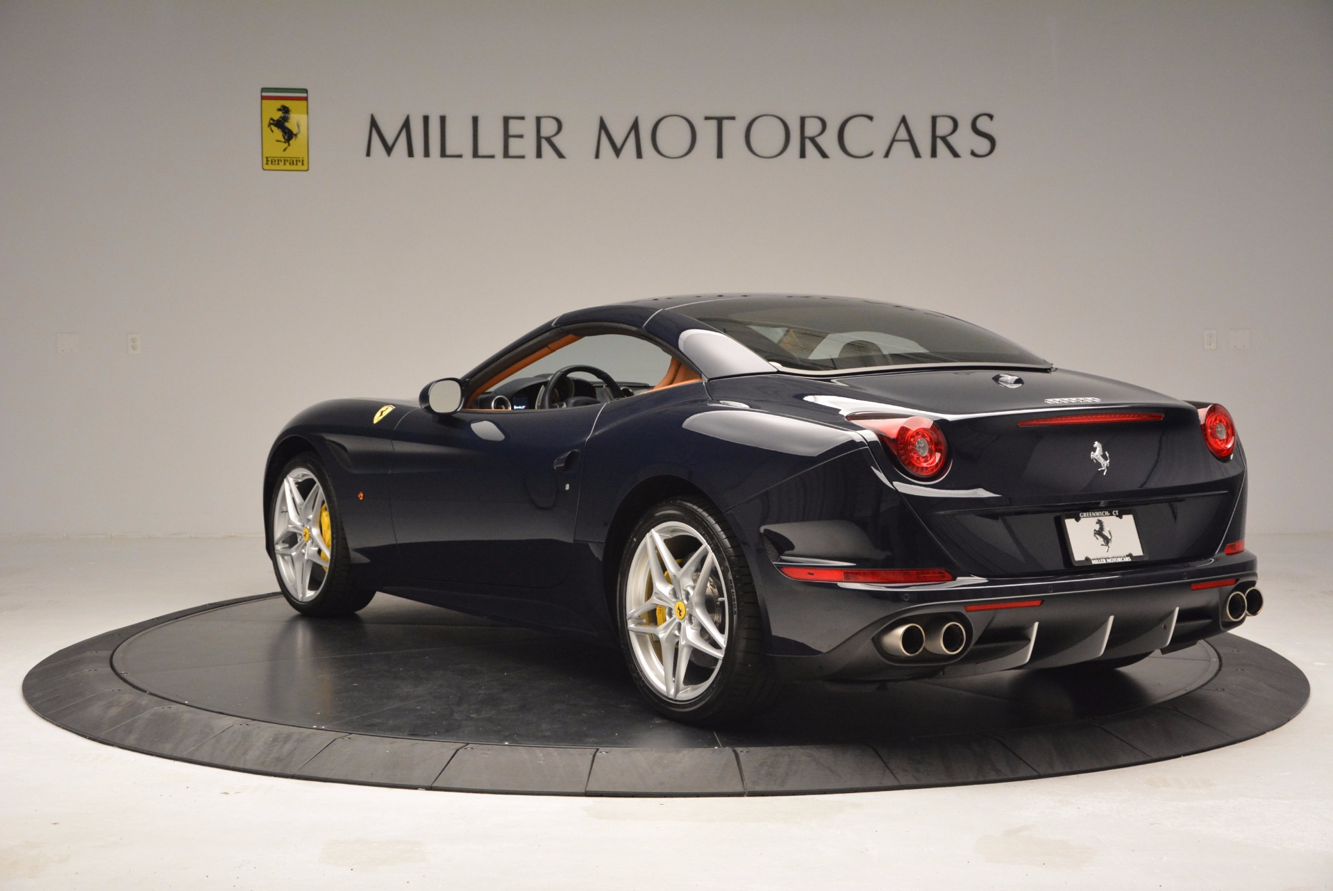 Used 2015 Ferrari California T  For Sale In Greenwich, CT. Alfa Romeo of Greenwich, 4320A 737_p17