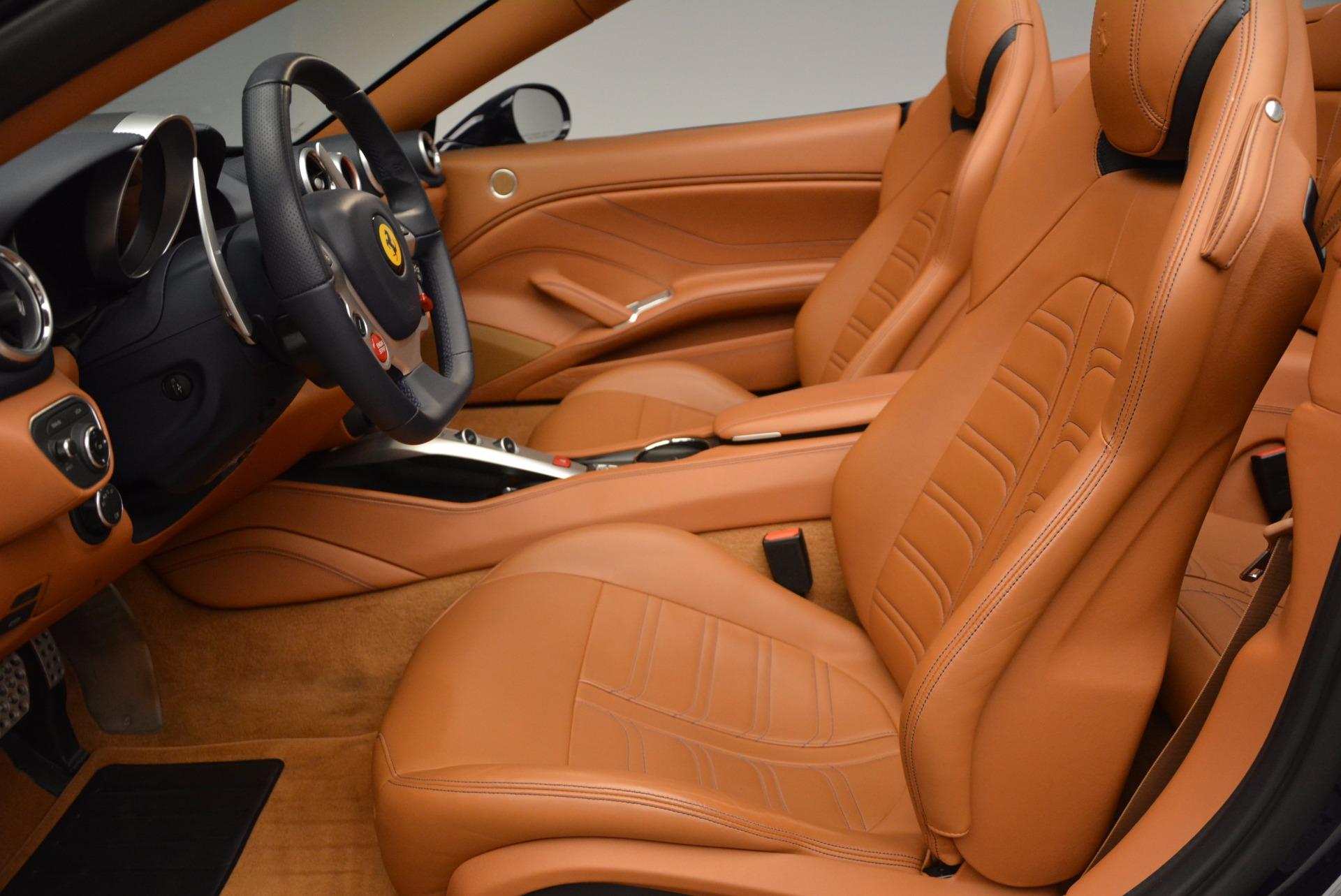 Used 2015 Ferrari California T  For Sale In Greenwich, CT. Alfa Romeo of Greenwich, 4320A 737_p26