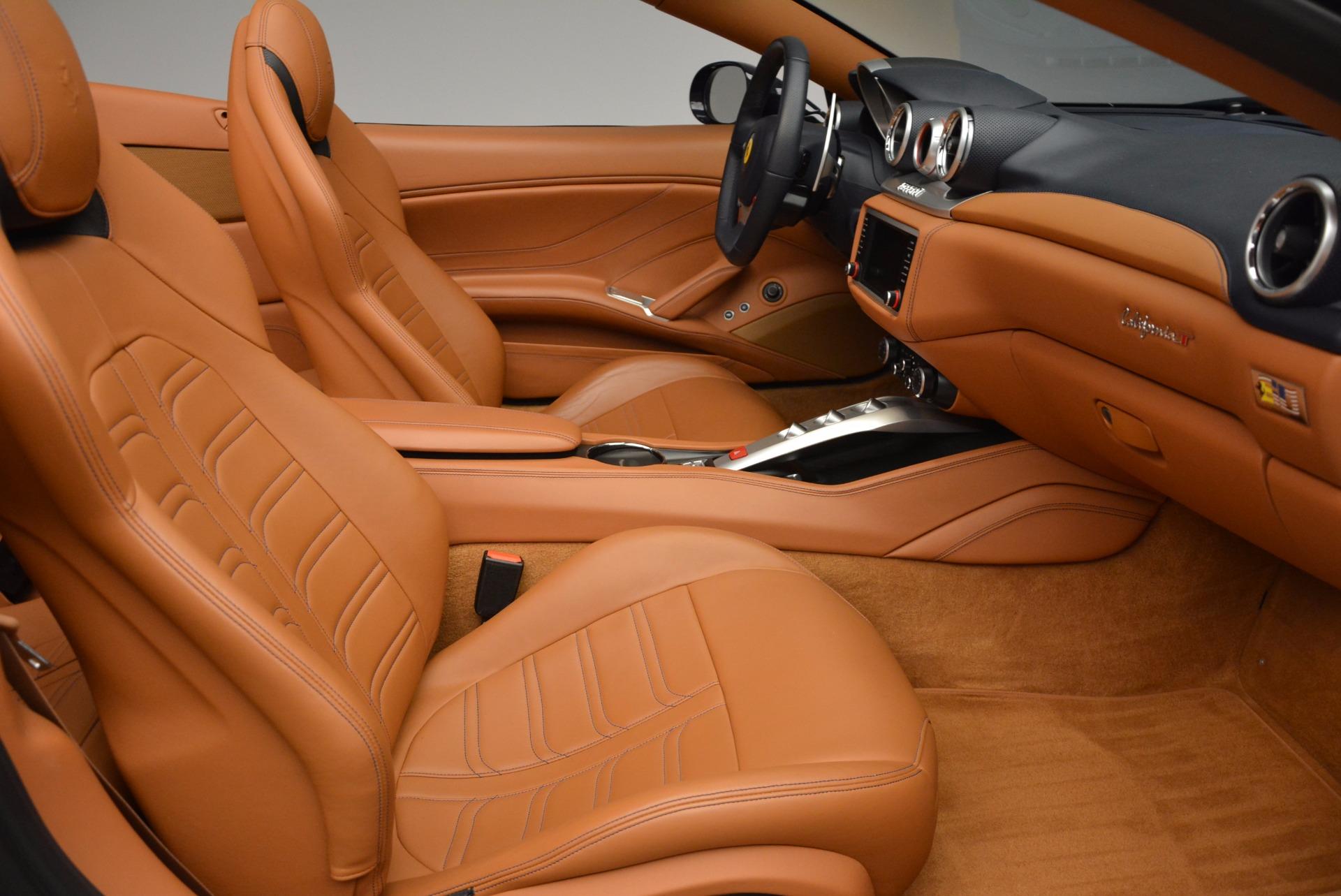 Used 2015 Ferrari California T  For Sale In Greenwich, CT. Alfa Romeo of Greenwich, 4320A 737_p31