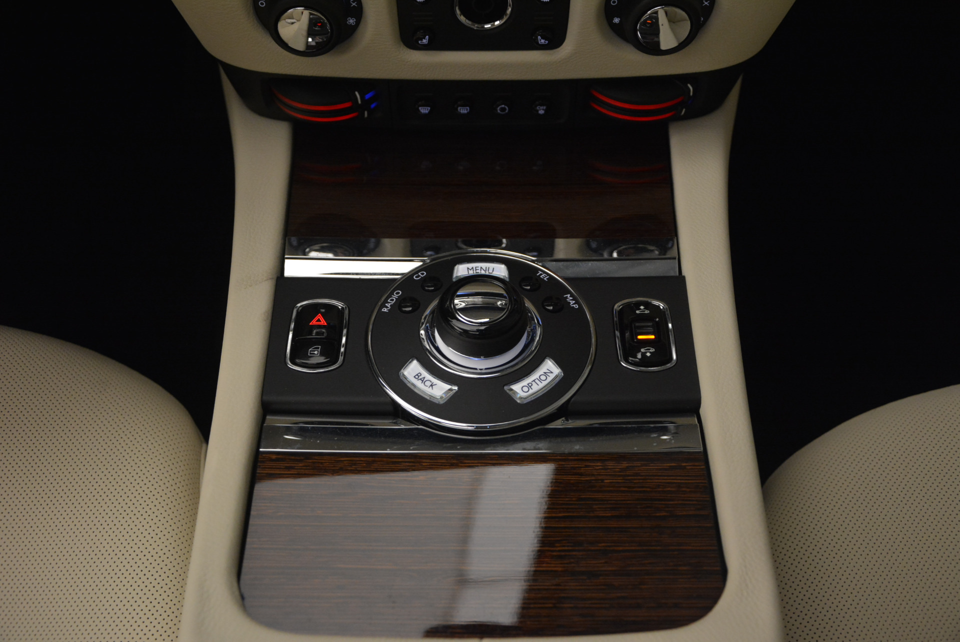 Used 2013 Rolls-Royce Ghost  For Sale In Greenwich, CT. Alfa Romeo of Greenwich, 7117 739_p35